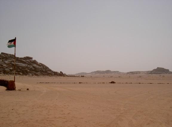 Archivo:Frontera del sahara Polisario - ocupado.jpg