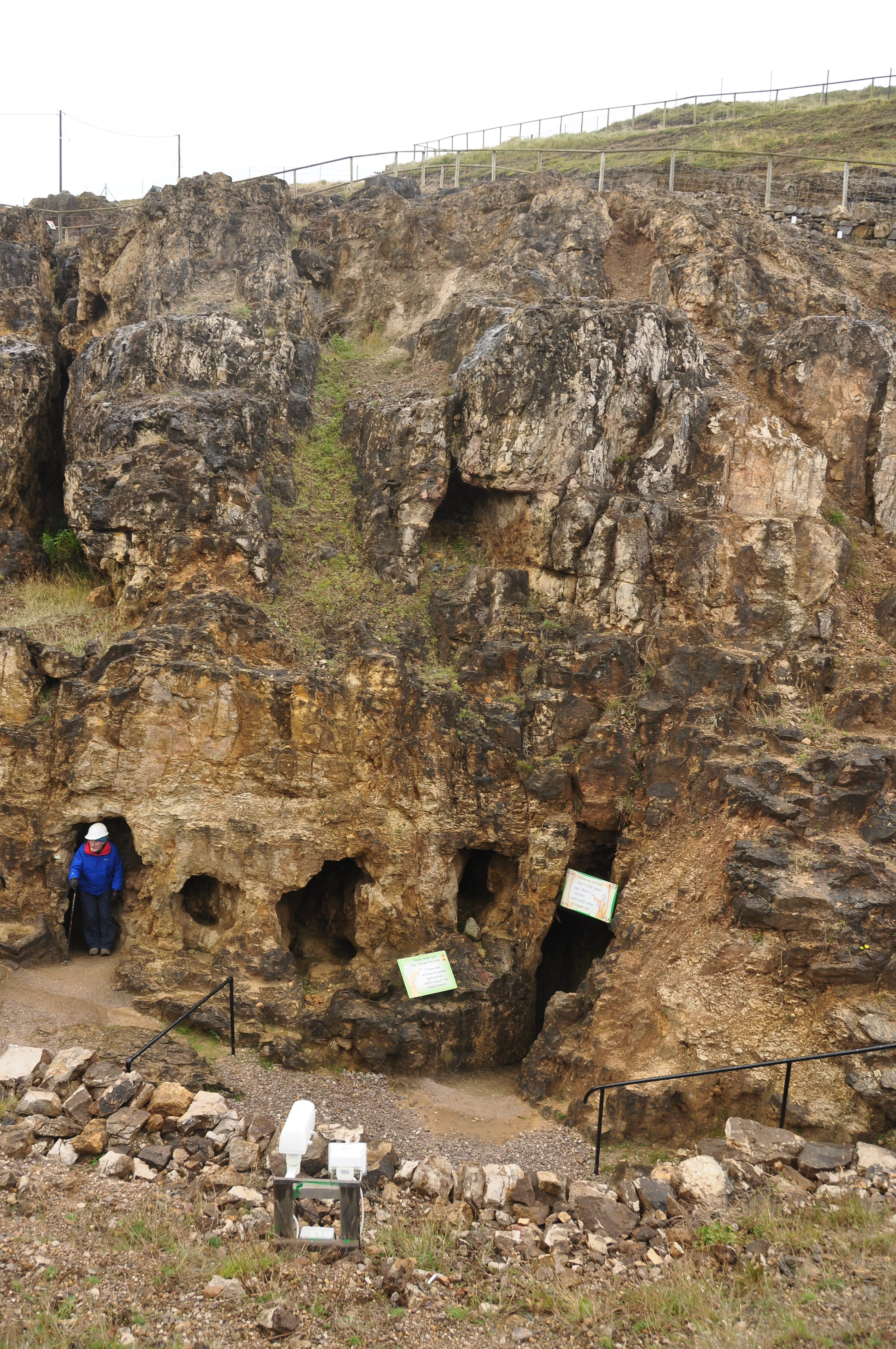 File Great Orme Mine 7843 Jpg Wikimedia Commons