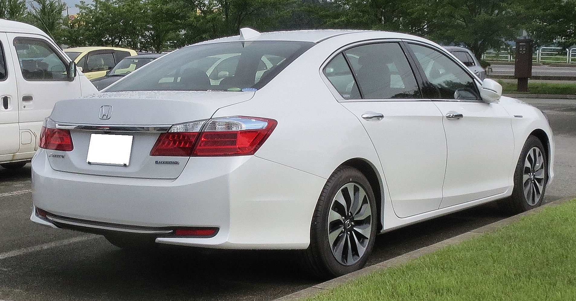 Honda Accord Sport >> File:Honda Accord Hybrid CR6 Rear.JPG - Wikimedia Commons