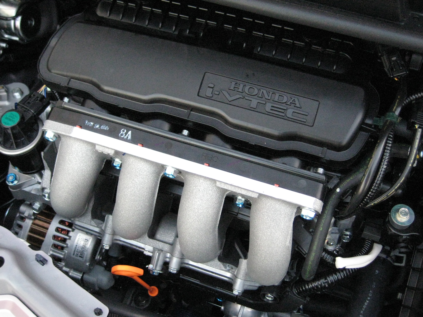 File:Honda L13A i-VTEC Engine.JPG - Wikimedia Commons