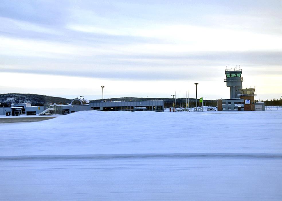 Flughafen Ivalo – Wikipedia