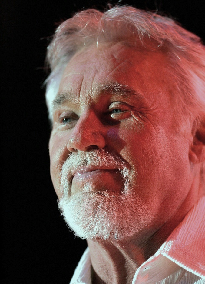 The 79-year old son of father Edward Floyd Rogers and mother  Lucille Lois Hester Kenny Rogers in 2018 photo. Kenny Rogers earned a  million dollar salary - leaving the net worth at 250 million in 2018