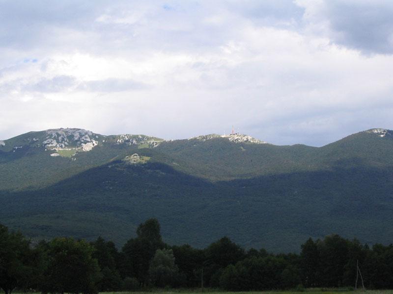 Поглед на Пљешевицу из Коренице.
