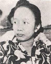 Maria Ulfah Santoso Indonesia, politician