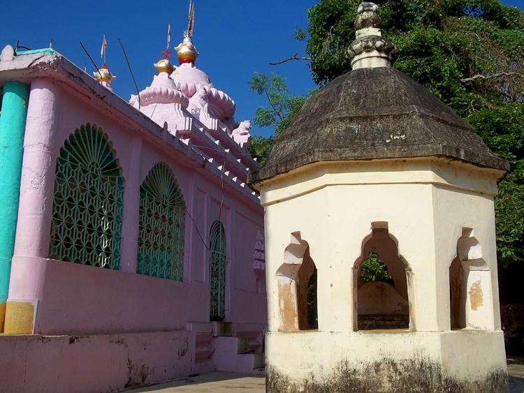 File:Marichi temple Baleswar Odisha.jpg