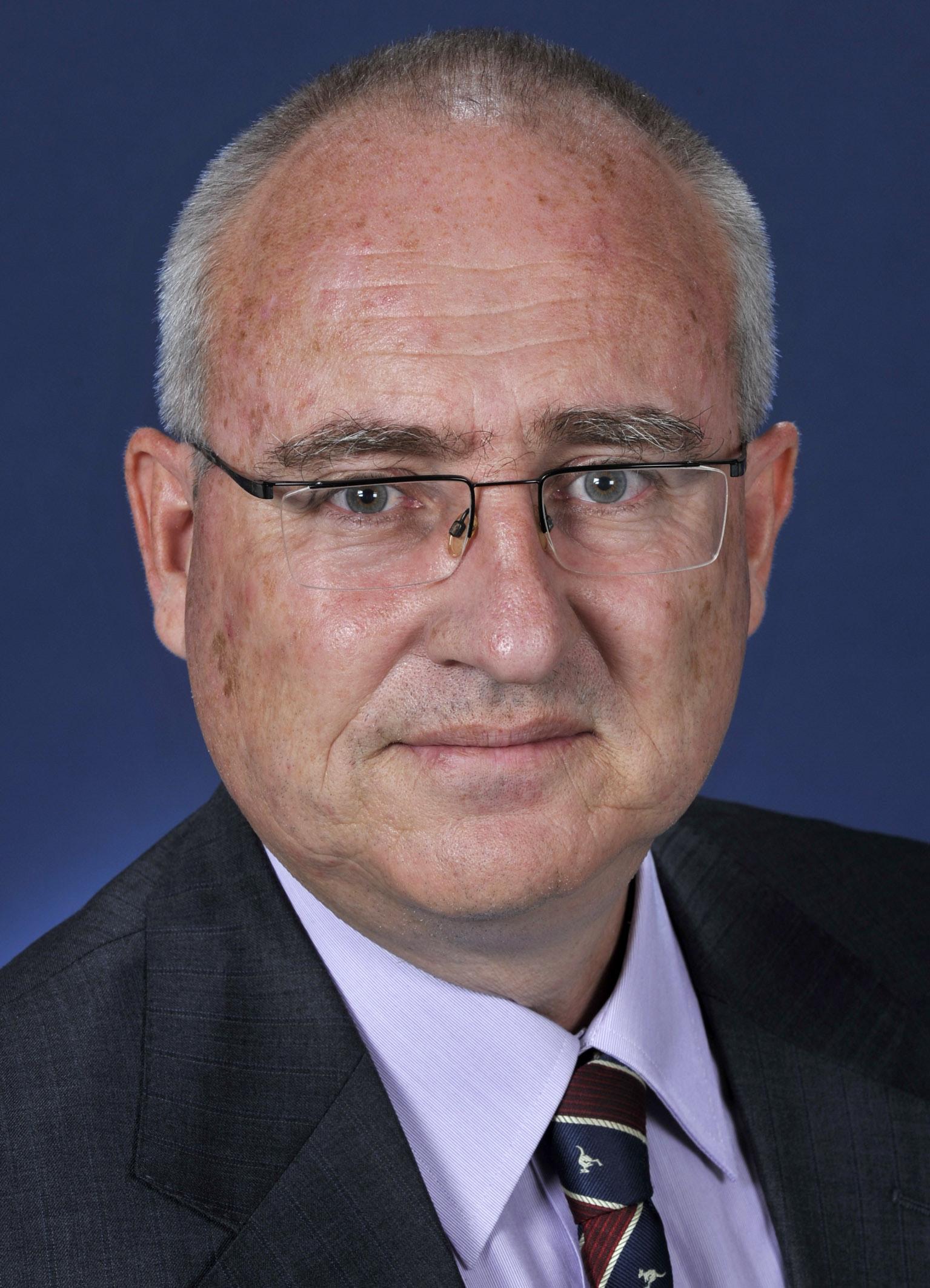 File:Martin Quinn (1).jpg - Wikimedia Commons
