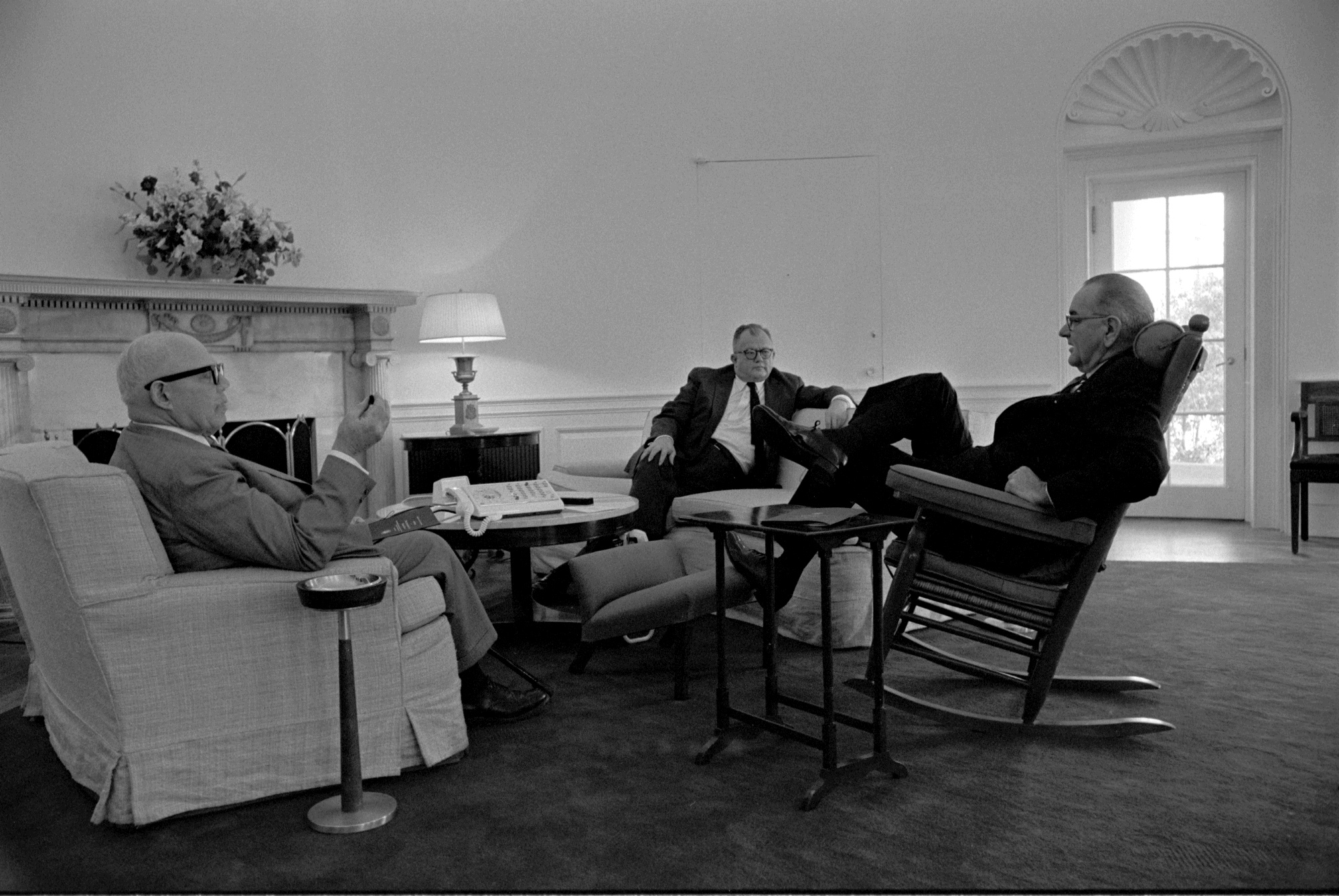 lbj oval office. File:Meeting Oval Office LBJ.jpg Lbj W