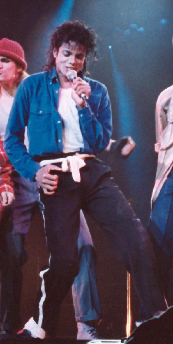 Michael Jackson-3.jpg