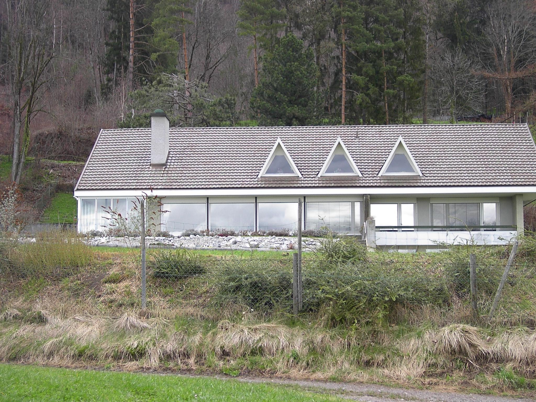 File:Modernes Haus aus den 60gern - panoramio.jpg - Wikimedia Commons