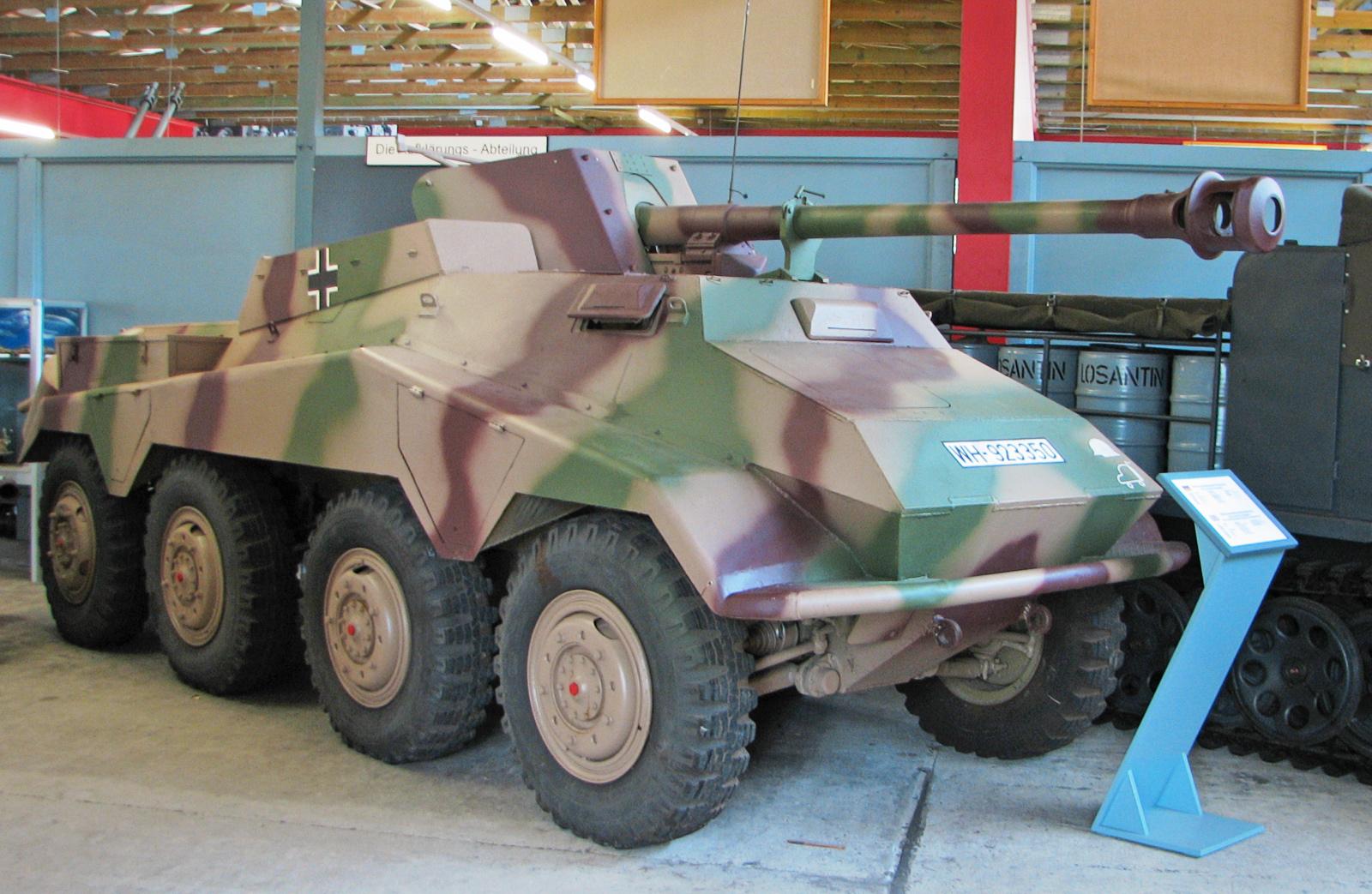 heavy armored car (German