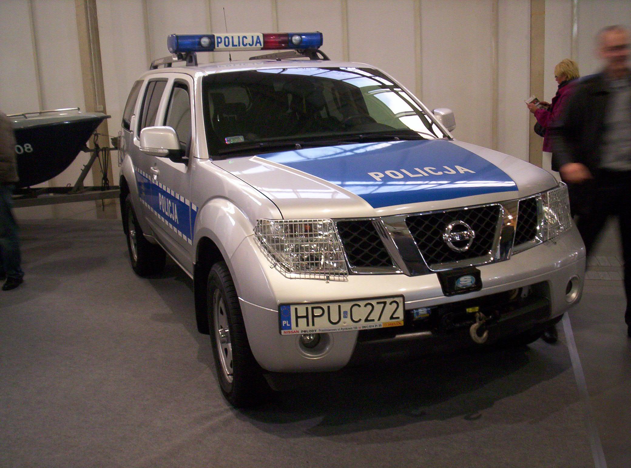 file nissan pathfinder r51 police front poznan. Black Bedroom Furniture Sets. Home Design Ideas