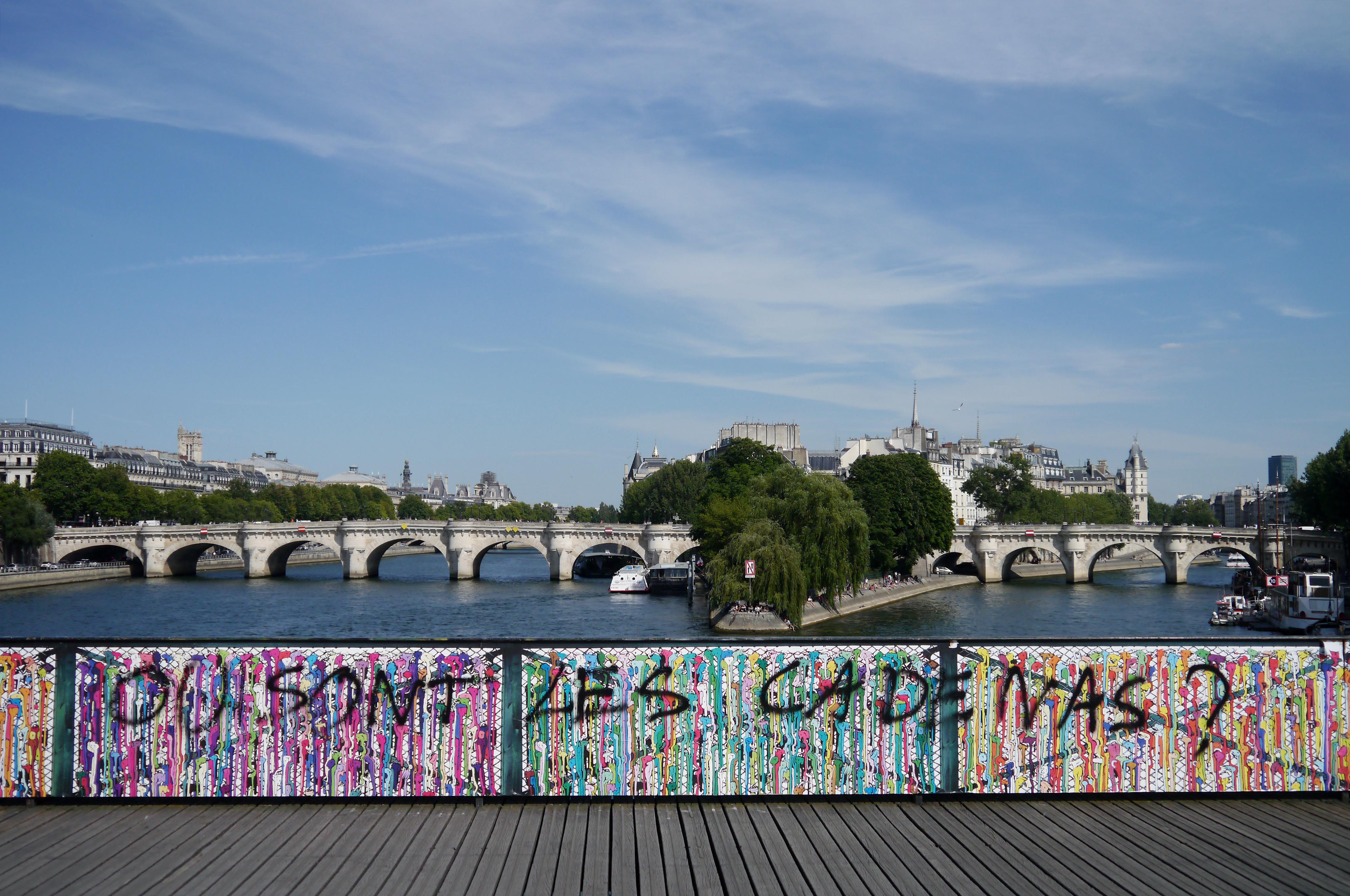 File ou sont les cadenas pont des arts paris wikimedia commons - Pont des cadenas paris adresse ...