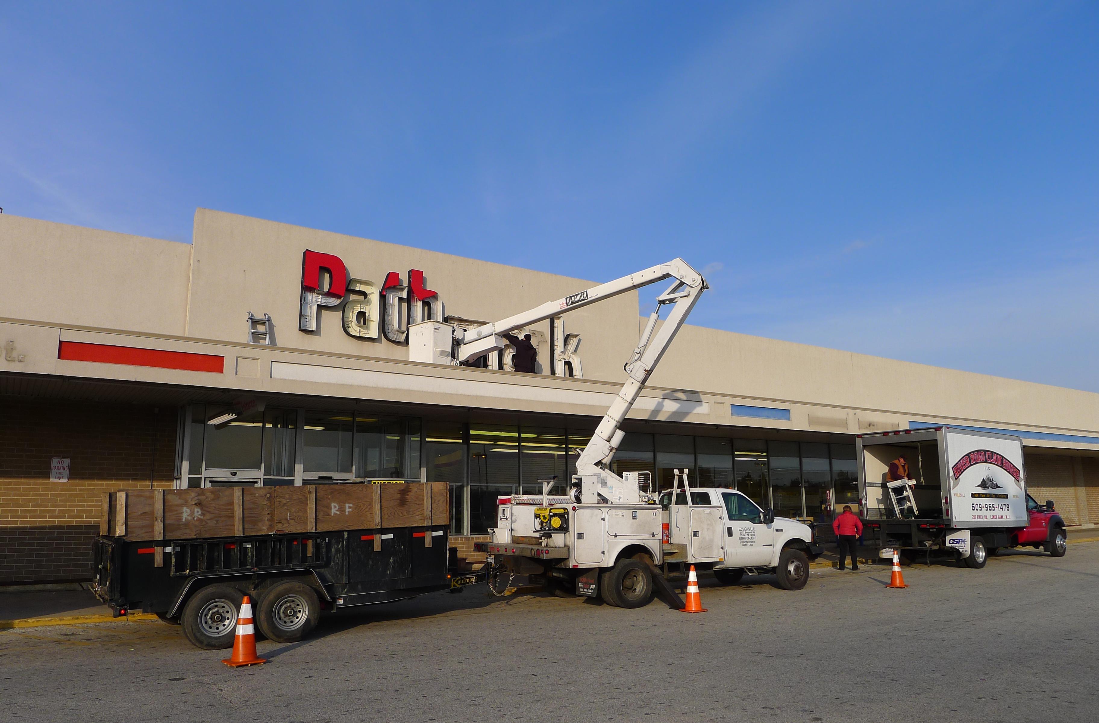 athmarksupermarketinggarborownship,closingin2012.