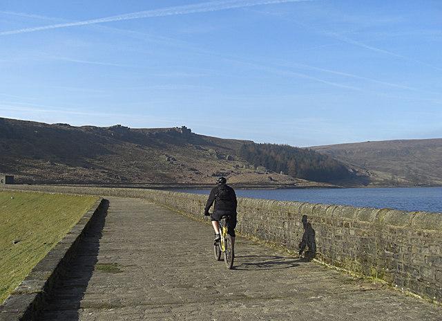 Pennine Bridleway, Widdop Reservoir - geograph.org.uk - 1210148