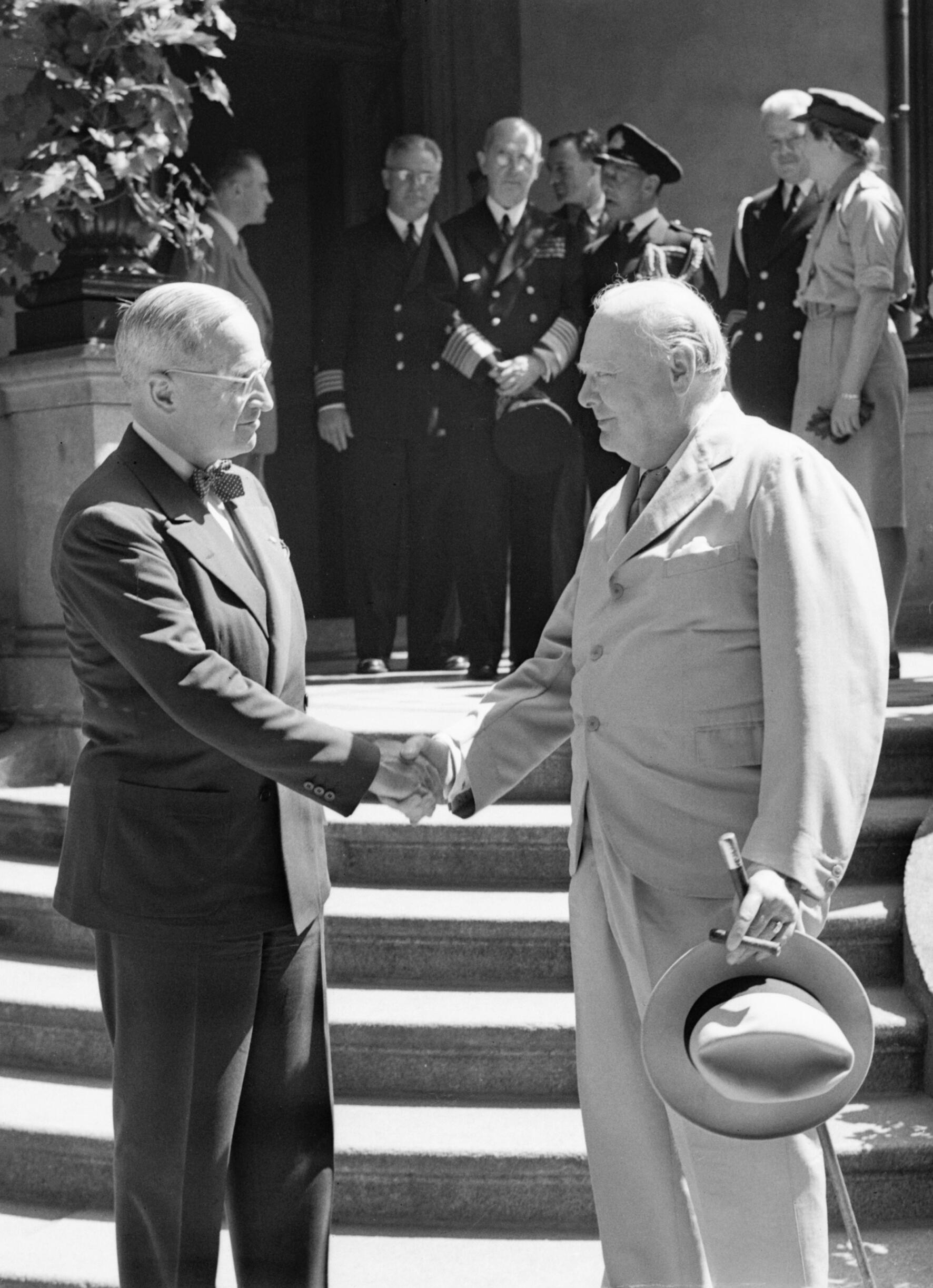 The potsdam conference 16 july 1945 bu8944 jpg wikimedia commons