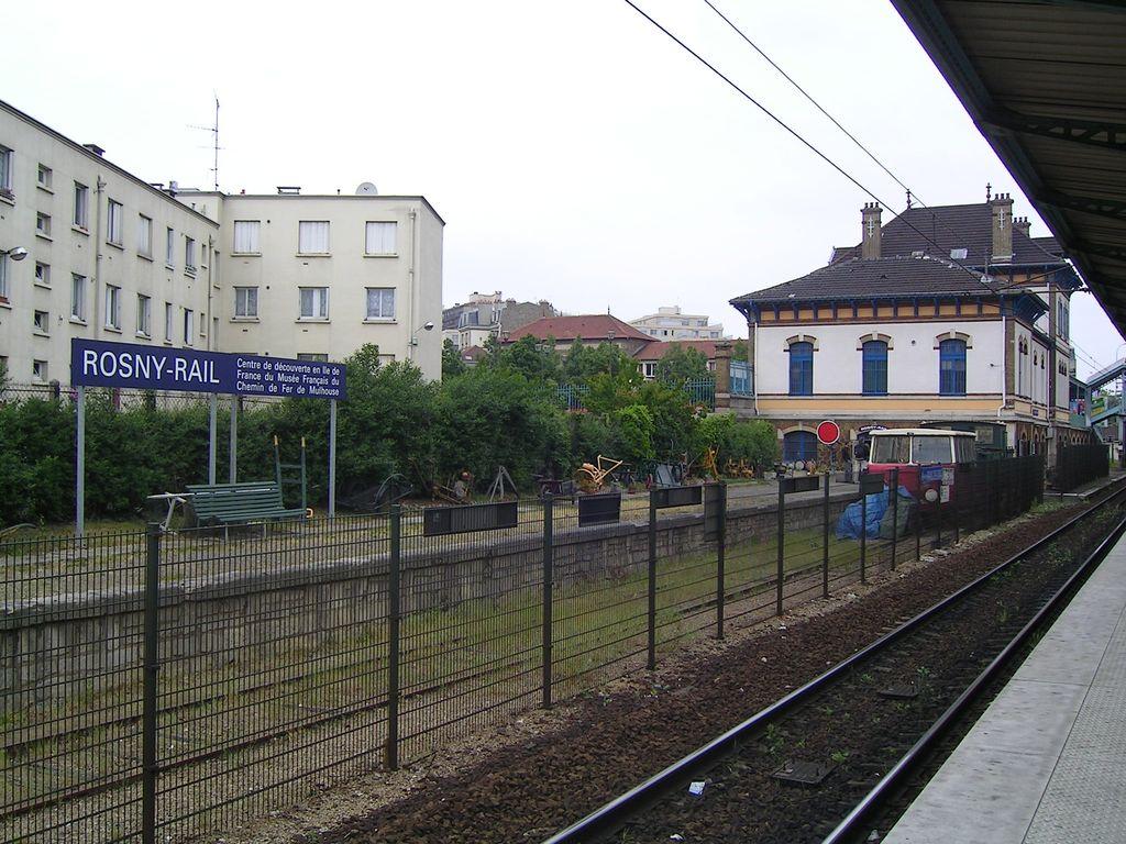 FileRosny sous Bois Rosny Railjpg  Wikimedia Commo ~ Escort Girl Rosny Sous Bois
