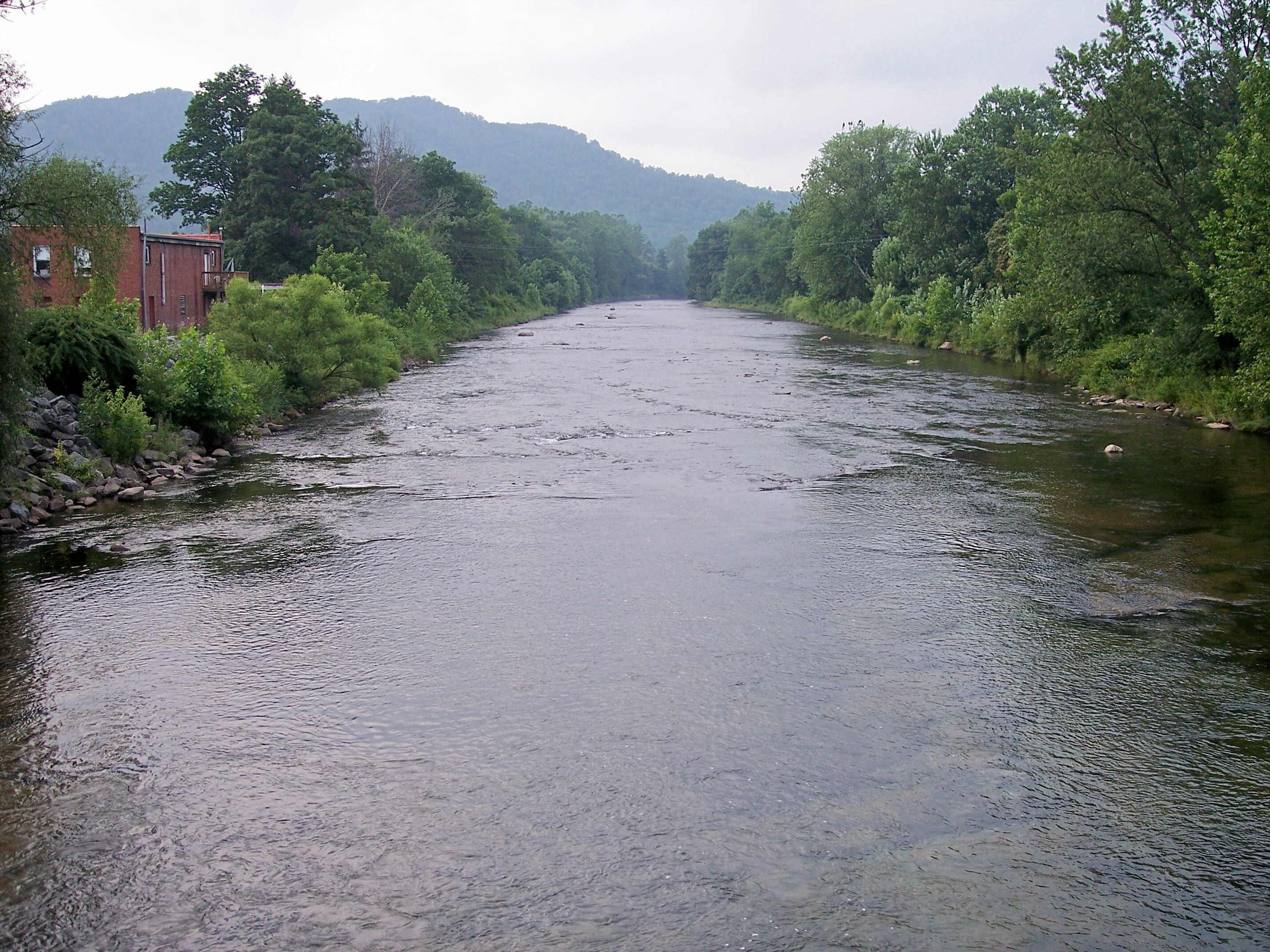 File shavers fork parsons west wikimedia for Wv fishing regulations