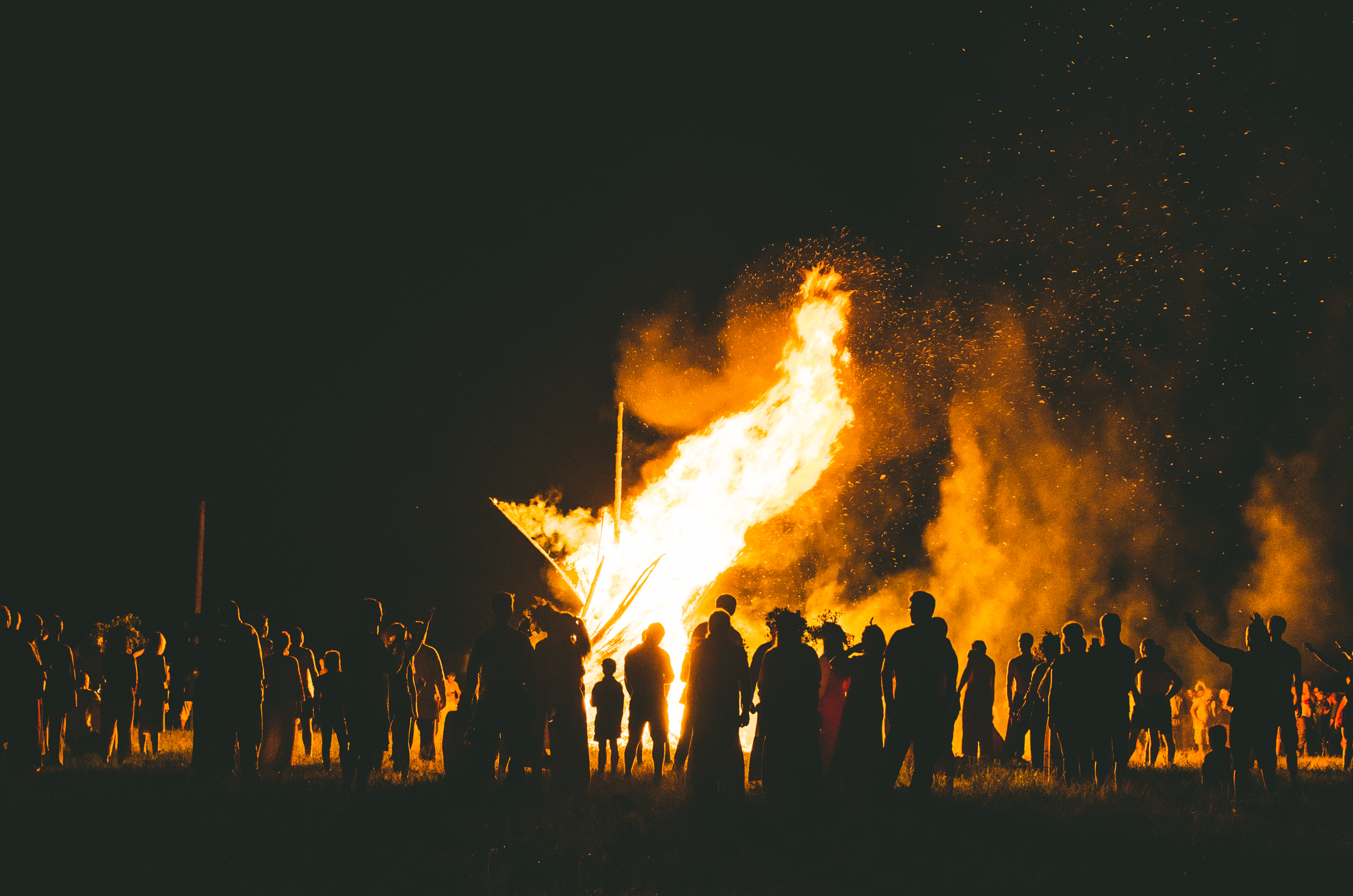 An image of a summer solstice celebration on the outskirts of Kaluga, Russia, by Vidgestr.