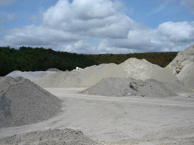 File:Spaunton Quarry Heaps of Limestone - geograph.org.uk - 1350250.jpg