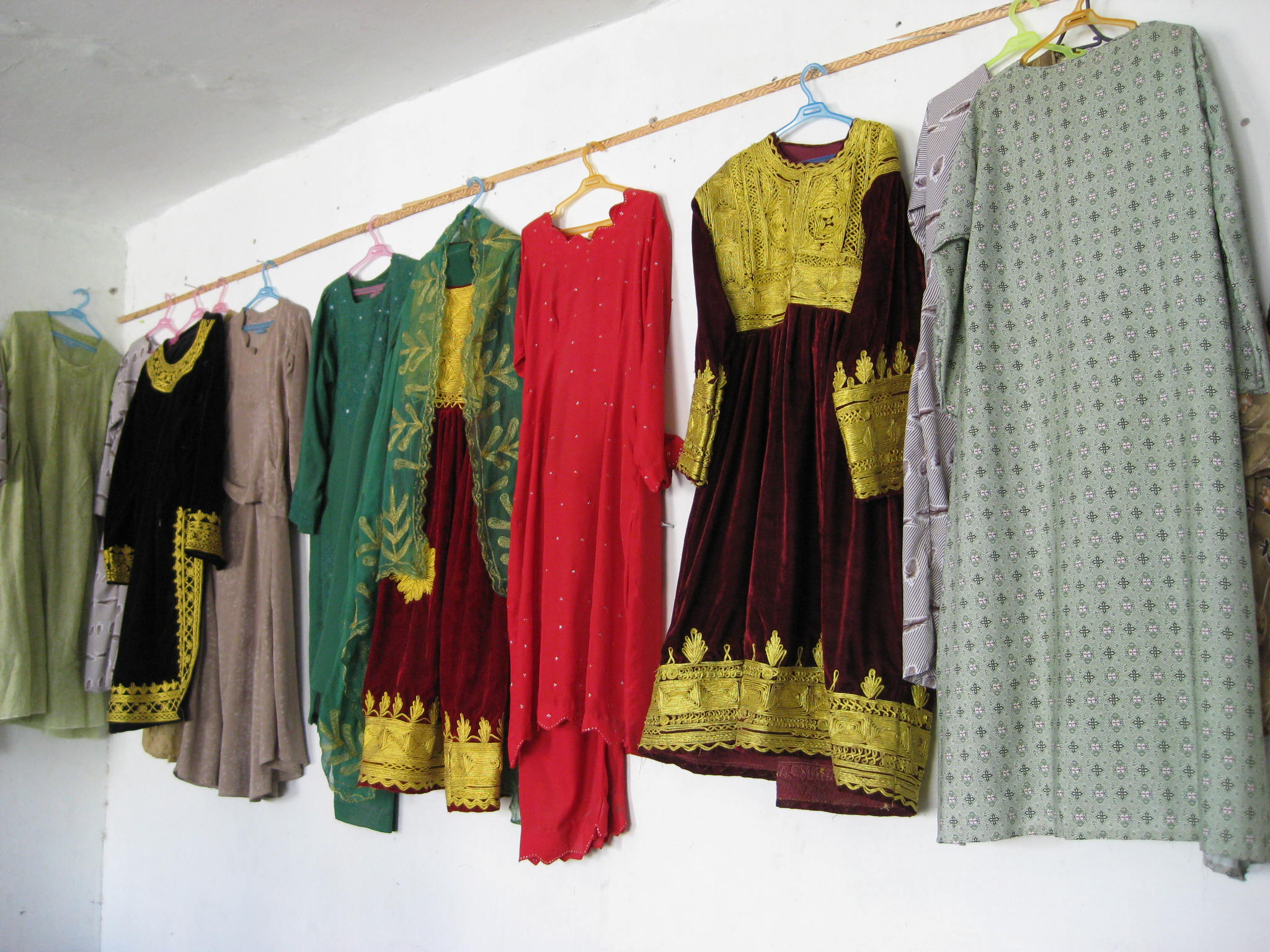 Afghanistan clothing for women