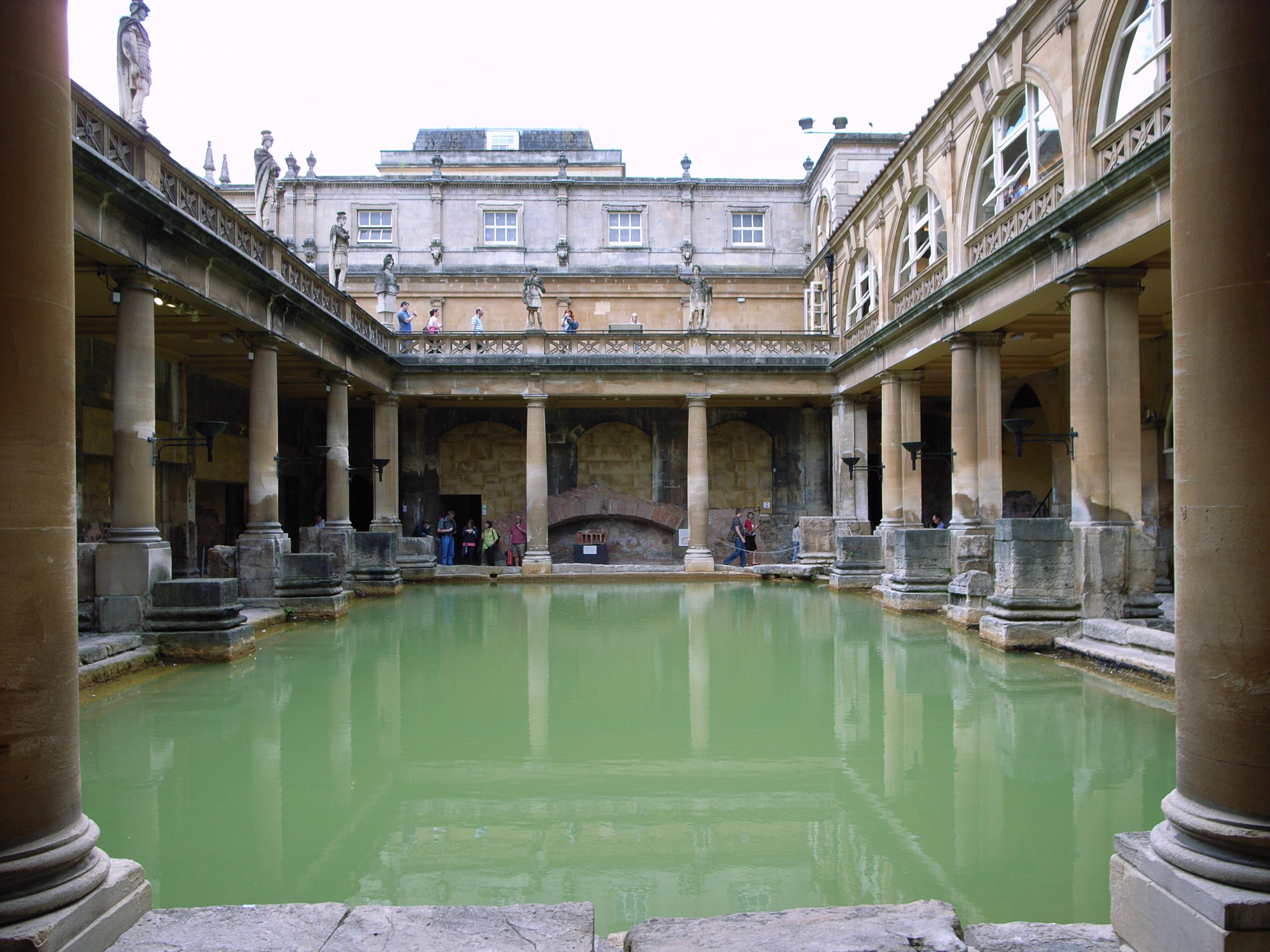 File The Great Bath In Bath Uk Jpg Wikipedia