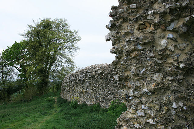 Thurnham Castle 02