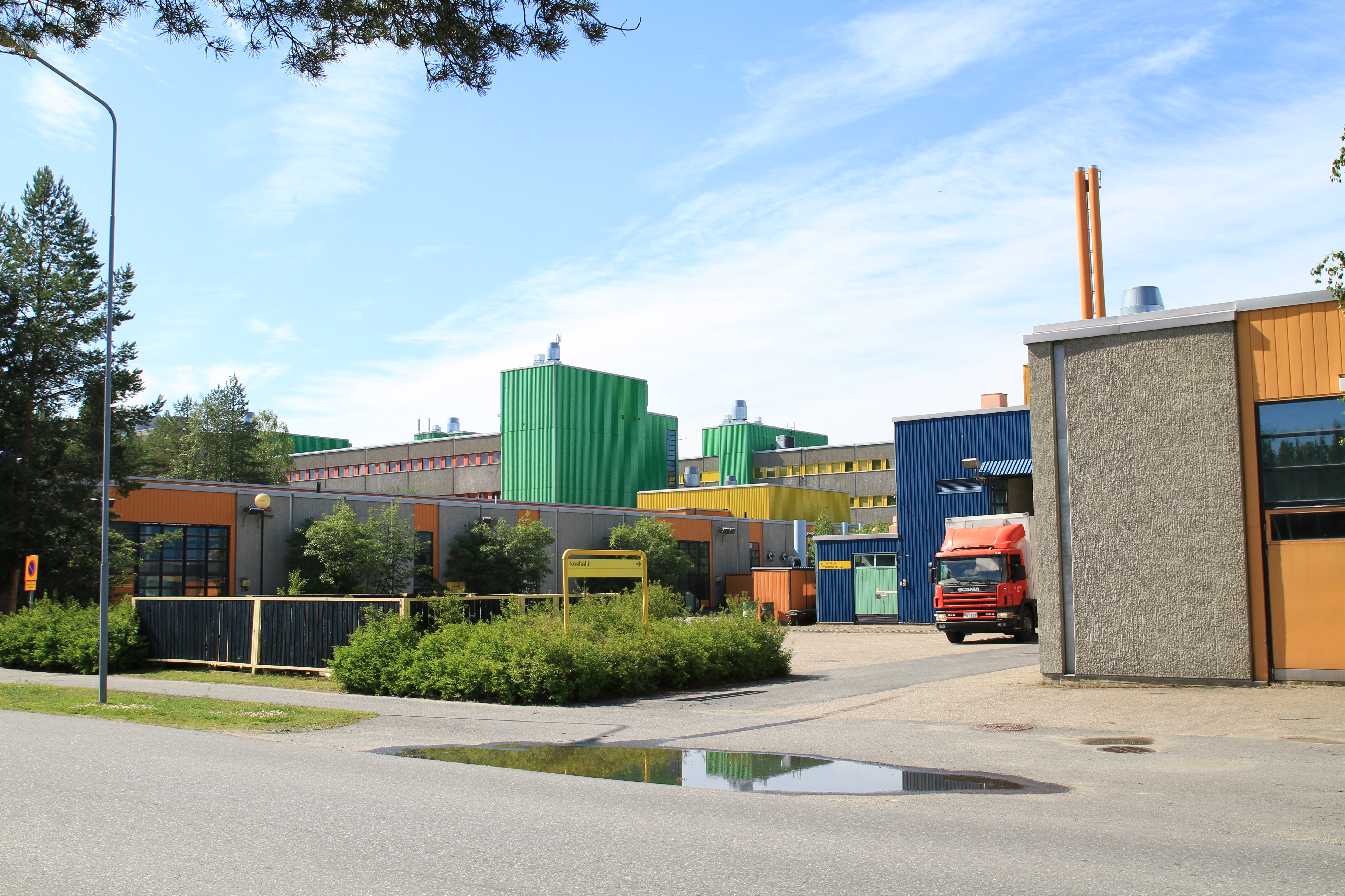 File:University-of-Oulu-old-part-of-building.jpg - Wikimedia Commons