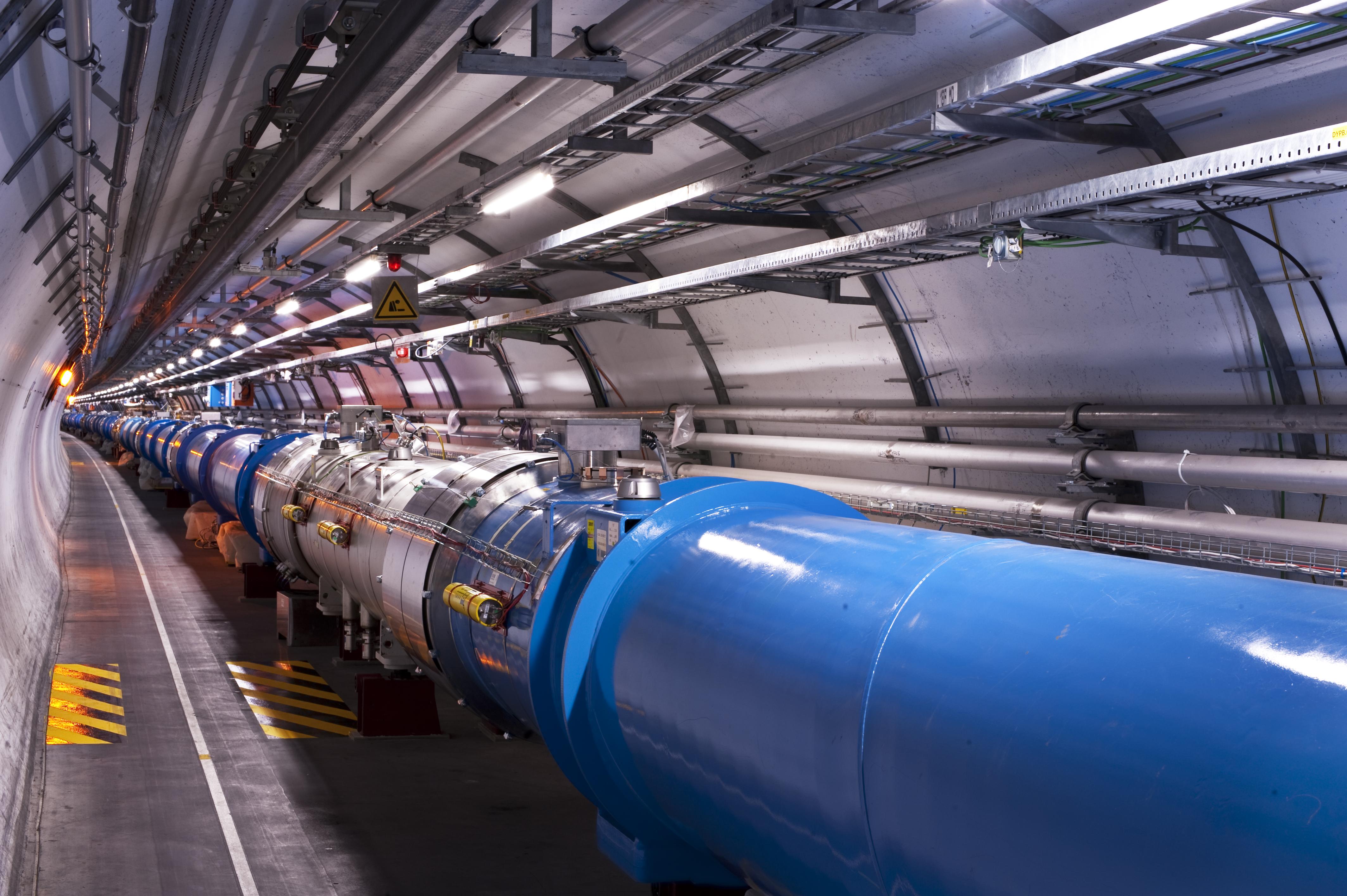 Resultado de imagem para Large Hadron Collider