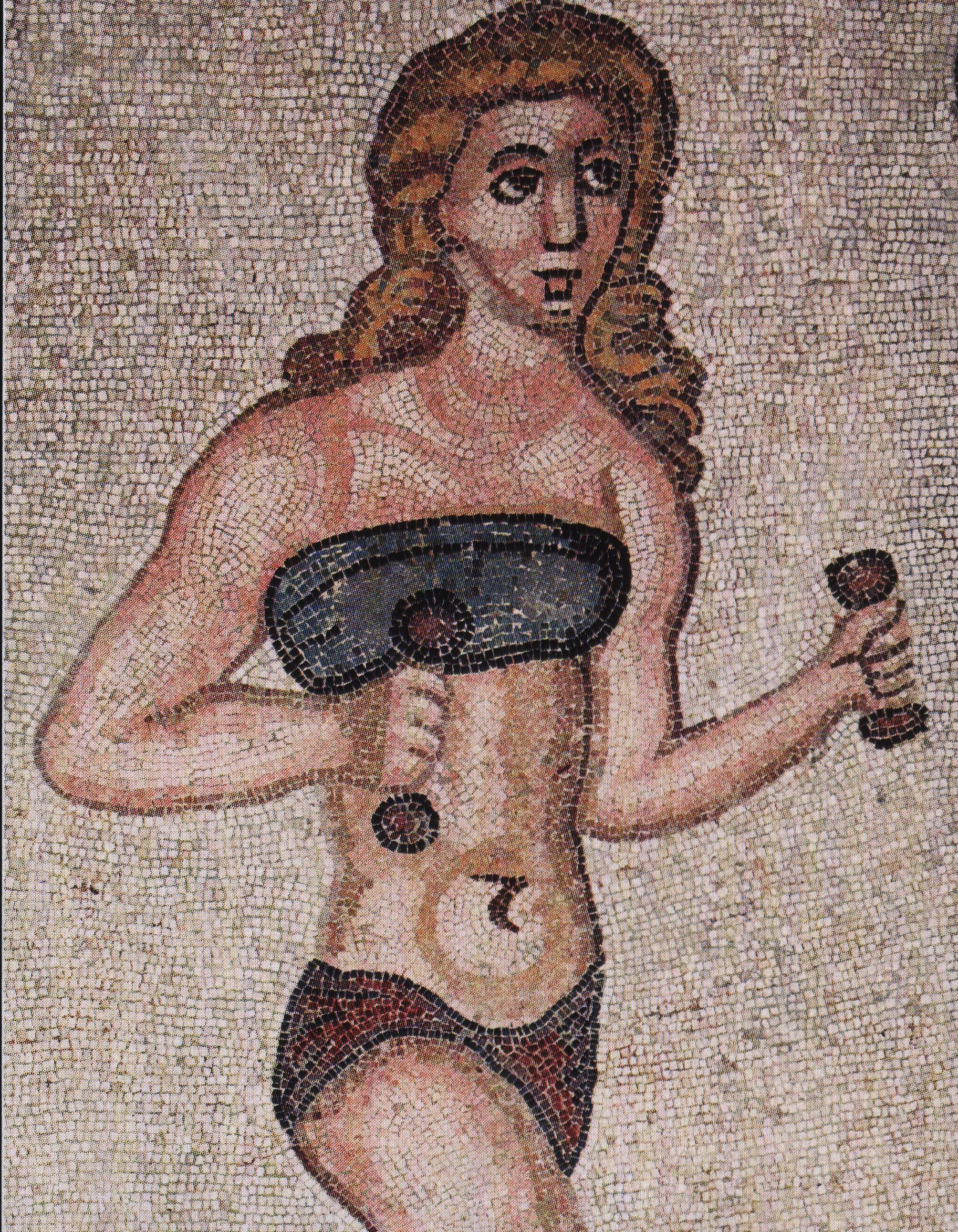 http://upload.wikimedia.org/wikipedia/commons/4/46/Villa_del_Casale_-_mosaique_femme_sport.jpeg