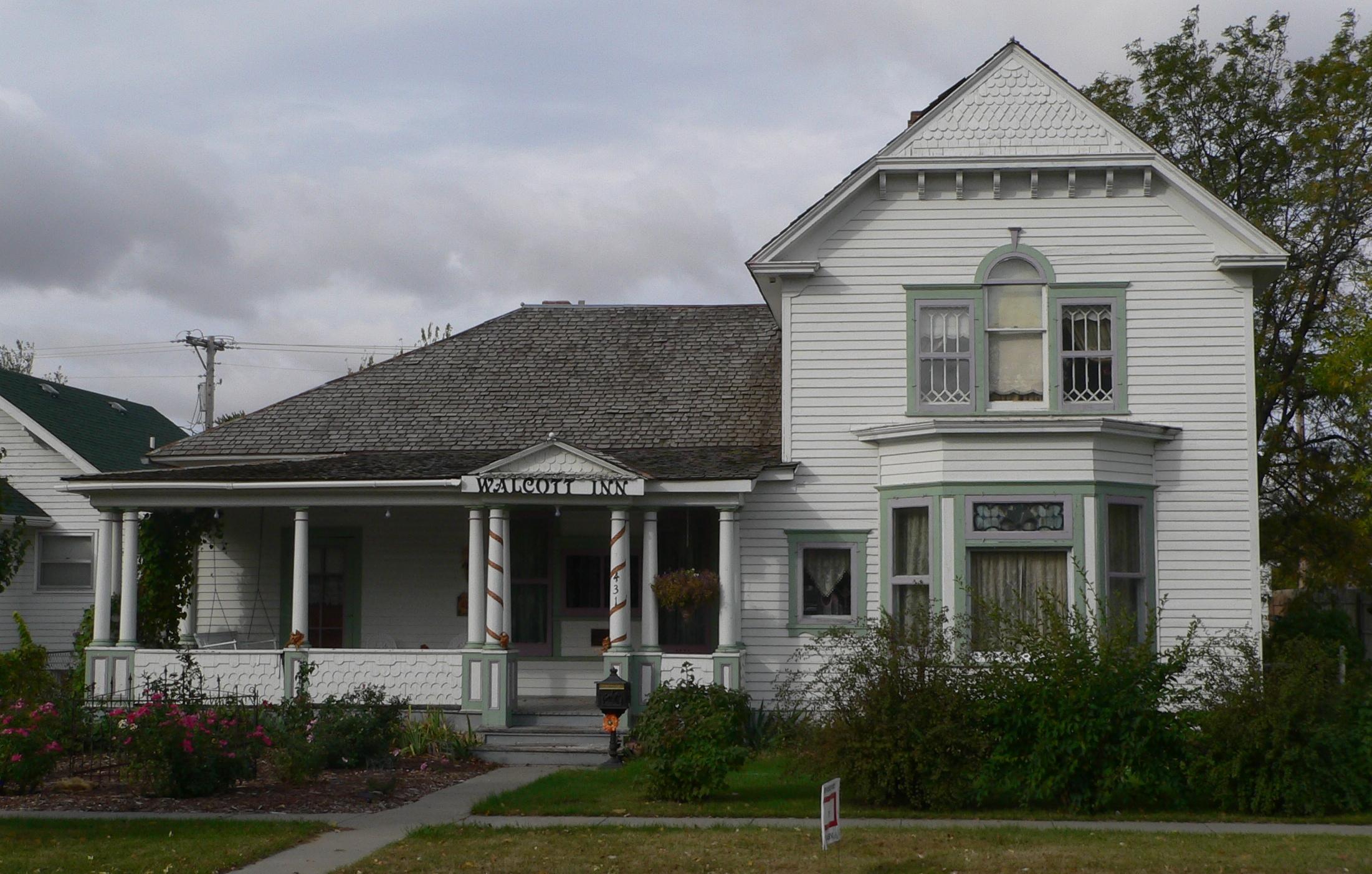 File:Walcott House (Valentine, Nebraska) From E.JPG