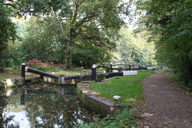 Woodham Lock No 5, Basingstoke Canal - geograph.org.uk - 586035