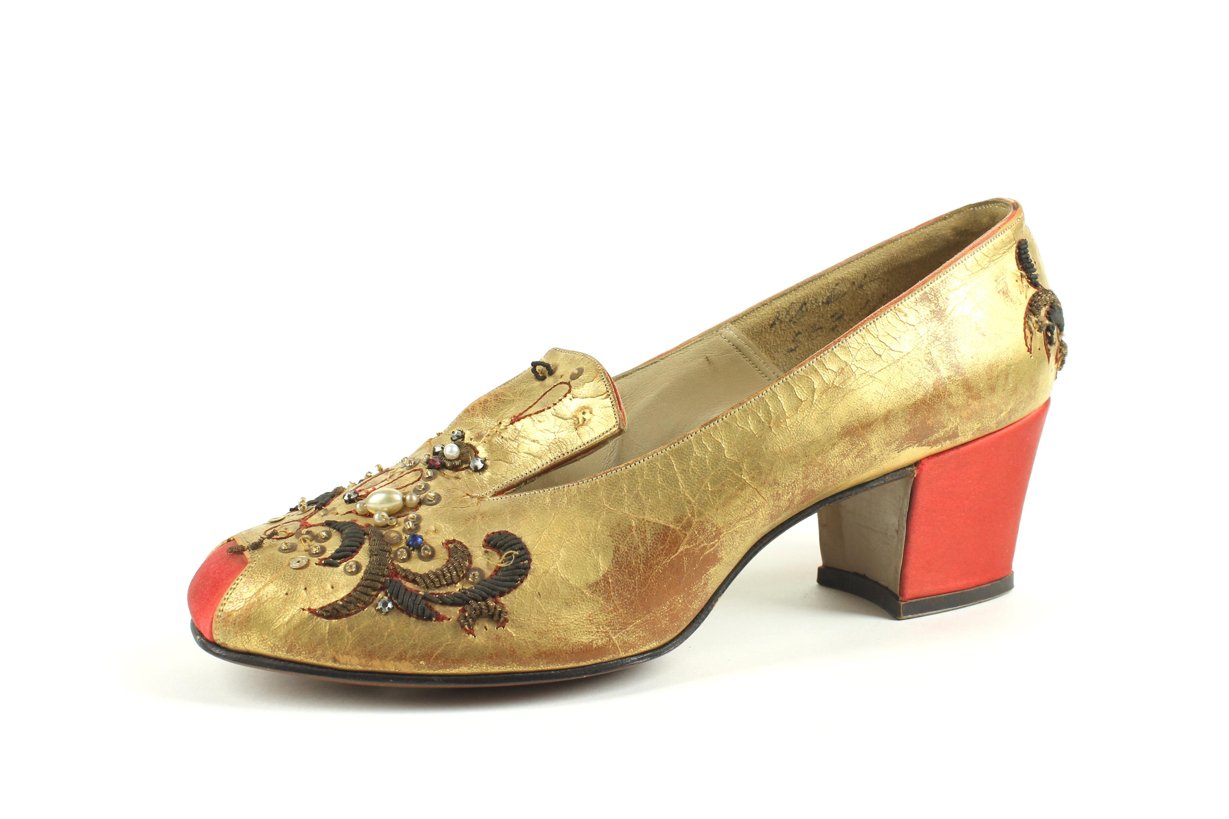 Th Century Women S Shoes