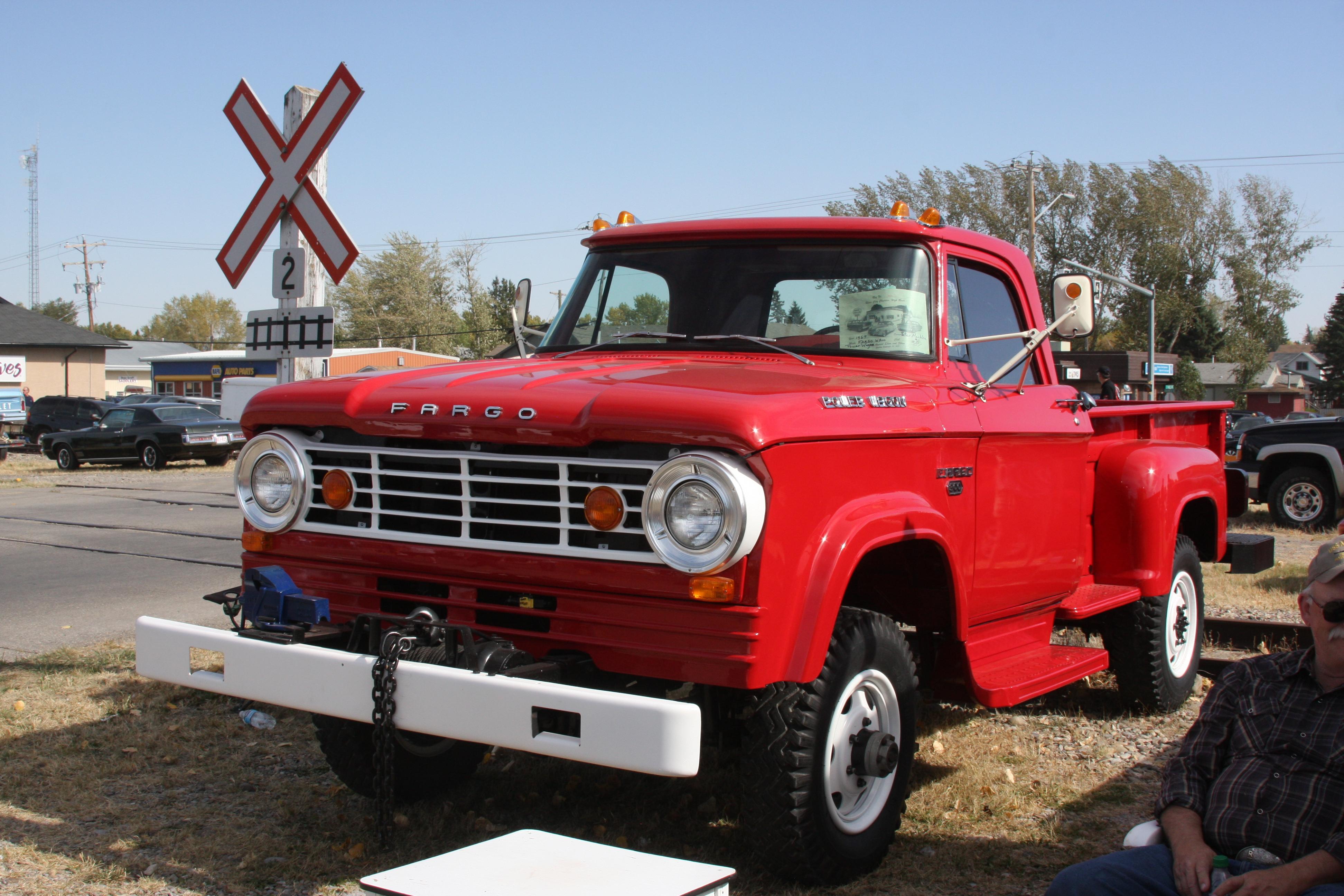 File 1967 Fargo W300 Power Wagon 6266547752 Jpg