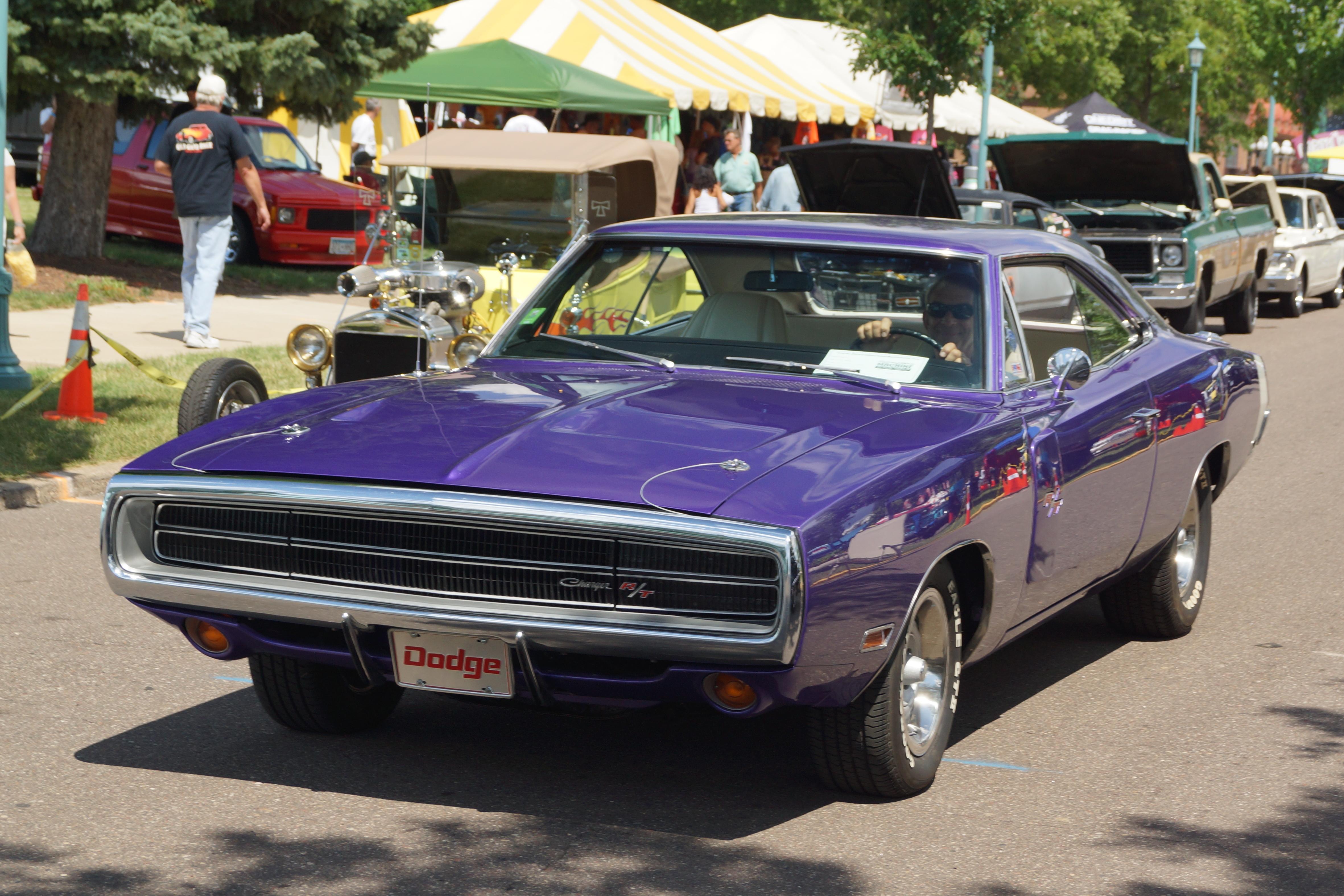 File:1970 Dodge Charger R-T (28263956642).jpg