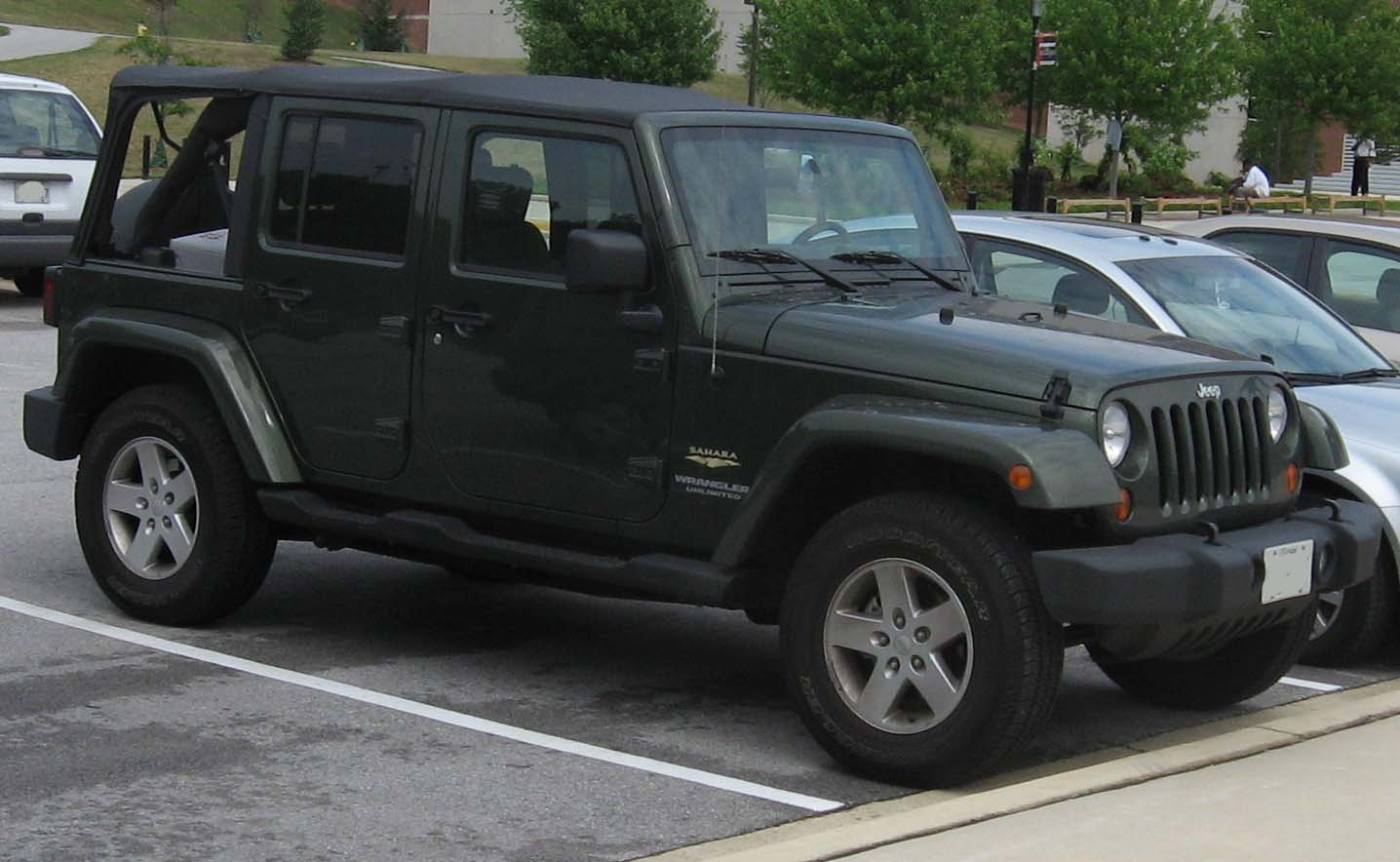 file:2007-jeep-wrangler-unlimited-sahara - wikimedia commons