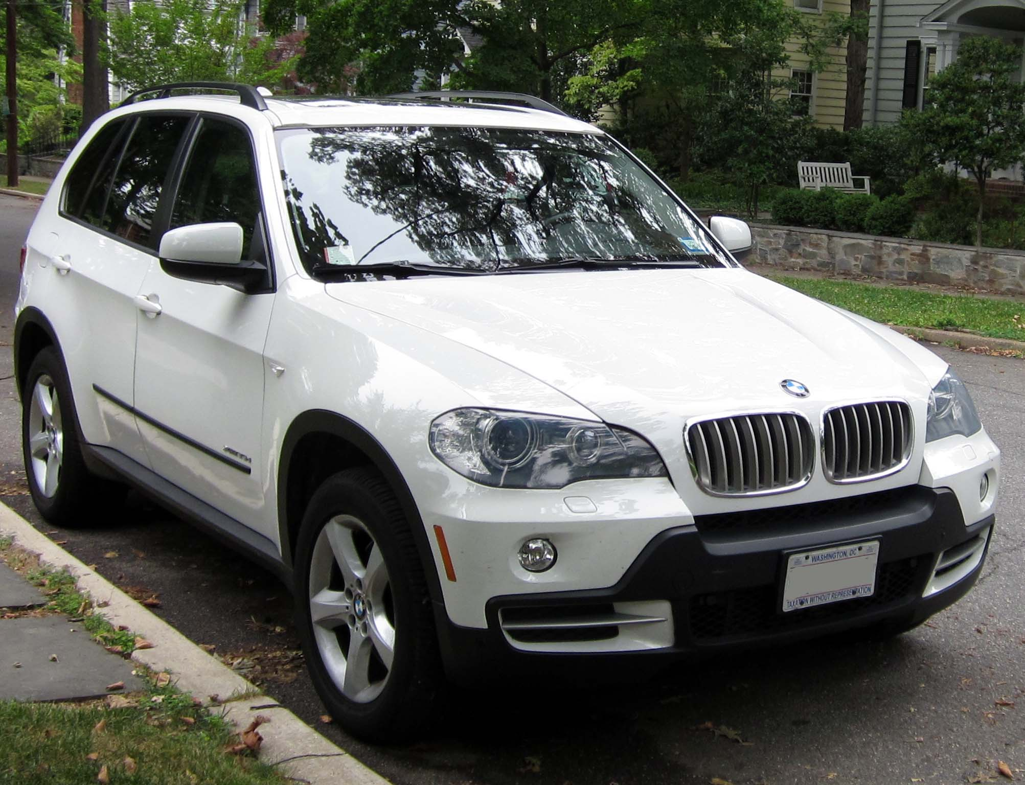 bmw x5 xdrive 48i reviews bmw x5 xdrive 48i car reviews. Black Bedroom Furniture Sets. Home Design Ideas