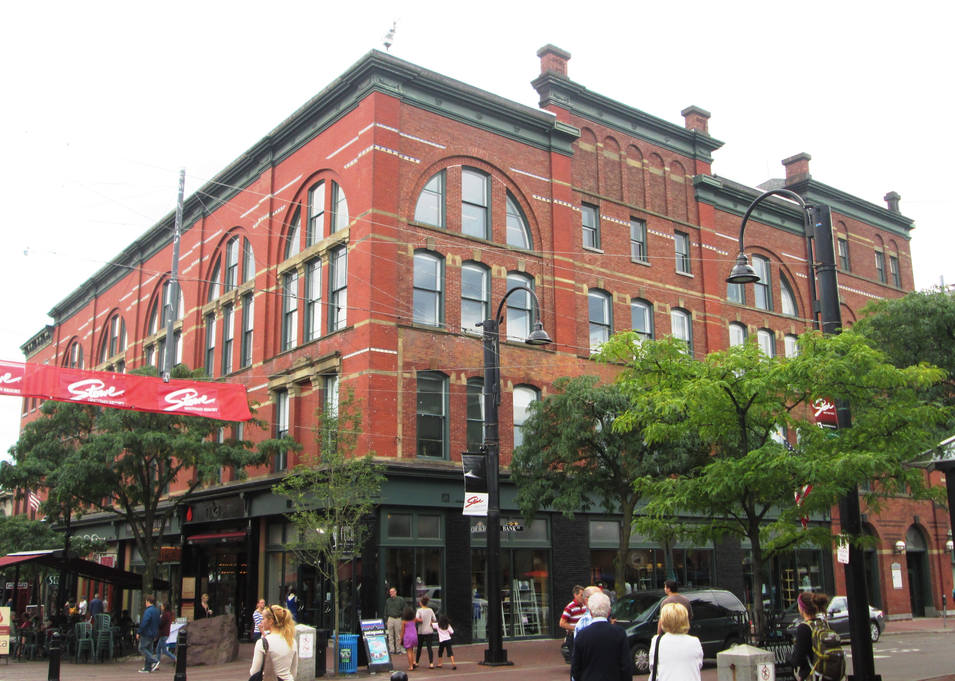 File 81 91 church street burlington for Cost of building a house in vermont