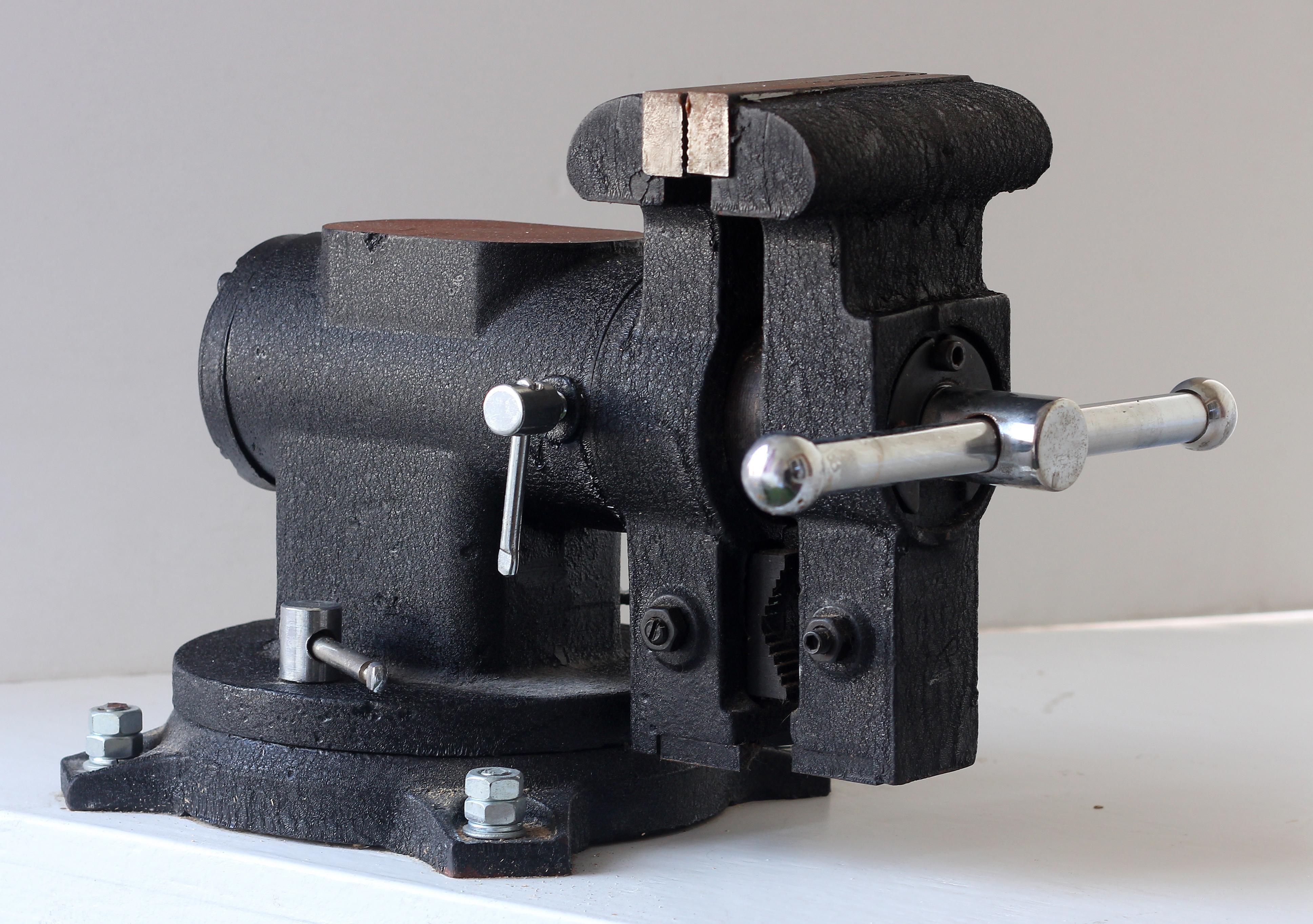 Macchina Per Lavorare Il Legno E I Metalli : Morsa meccanica wikipedia
