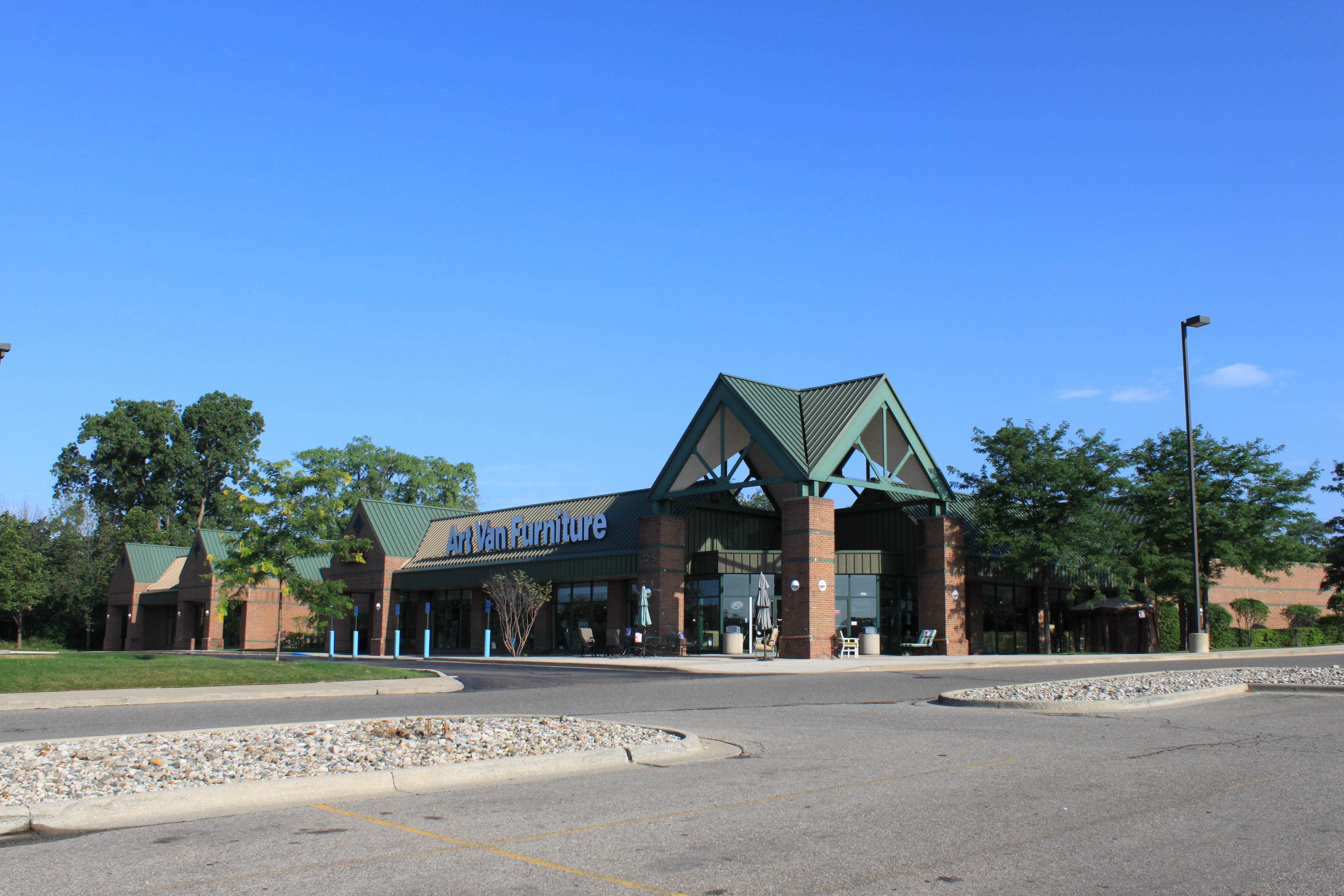 Perfect File:Art Van Furniture, 425 East Eisenhower Parkway, Ann Arbor, Michigan