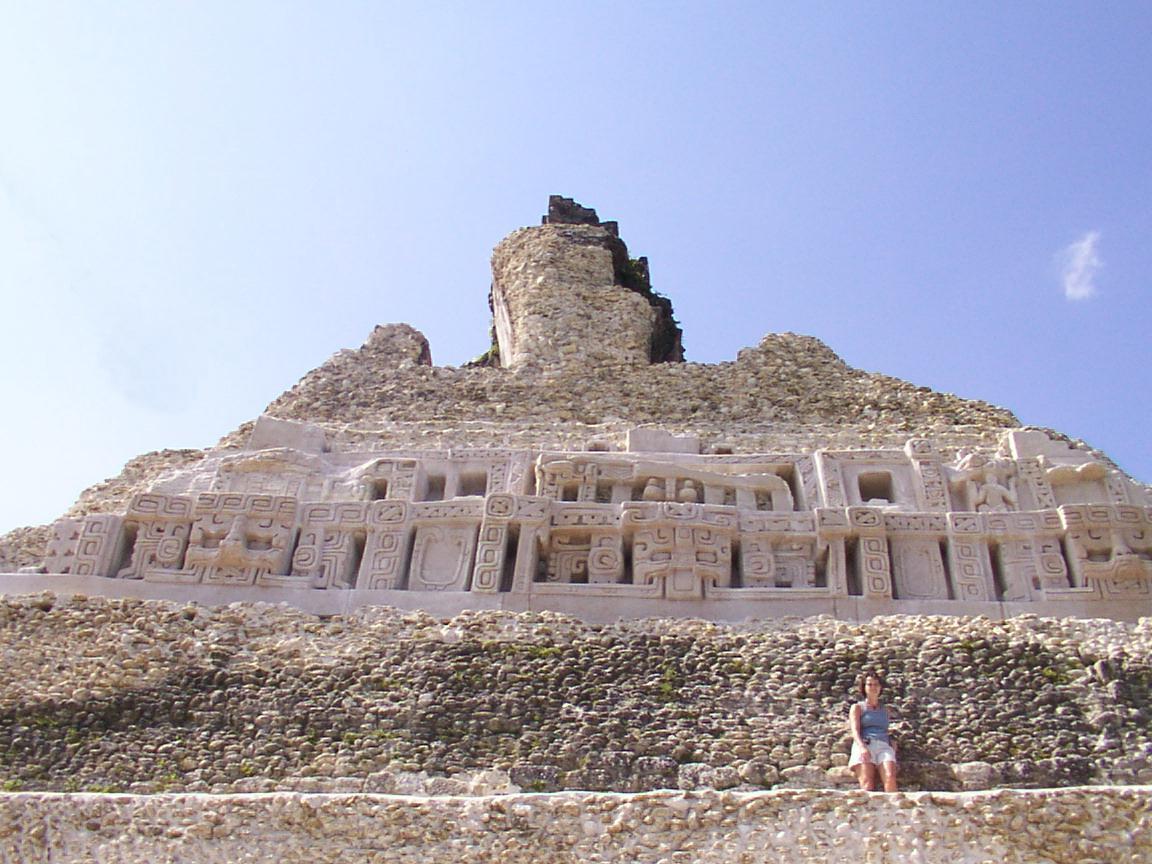 Ruinas mayas de Xunantunich belice
