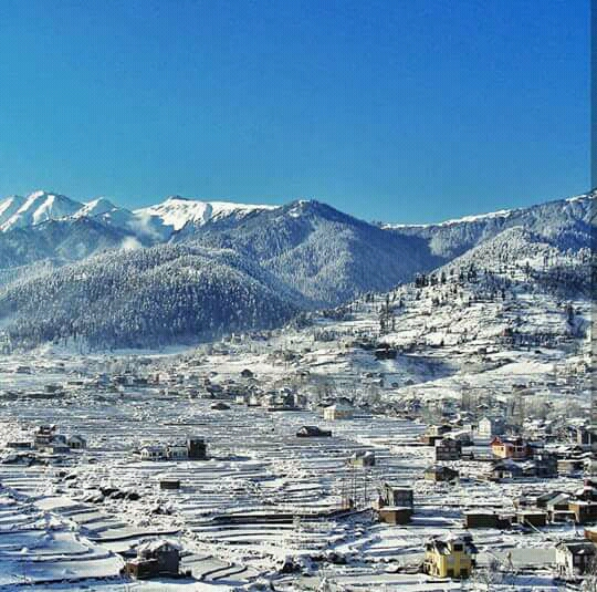 Bhaderwah in Snow