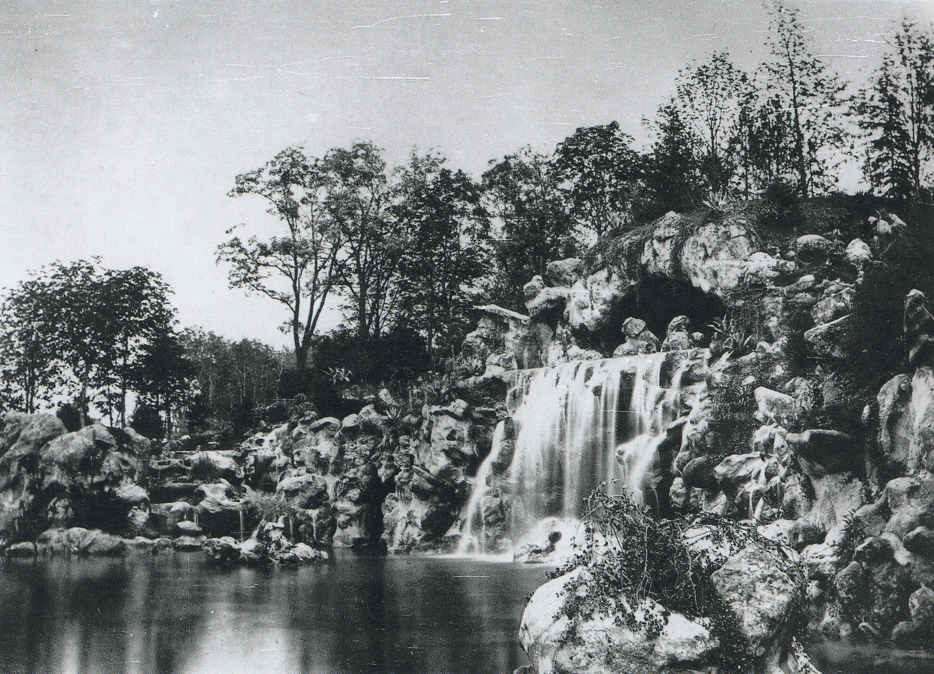 File bois de boulogne wikimedia commons for Bois de boulogne piscine