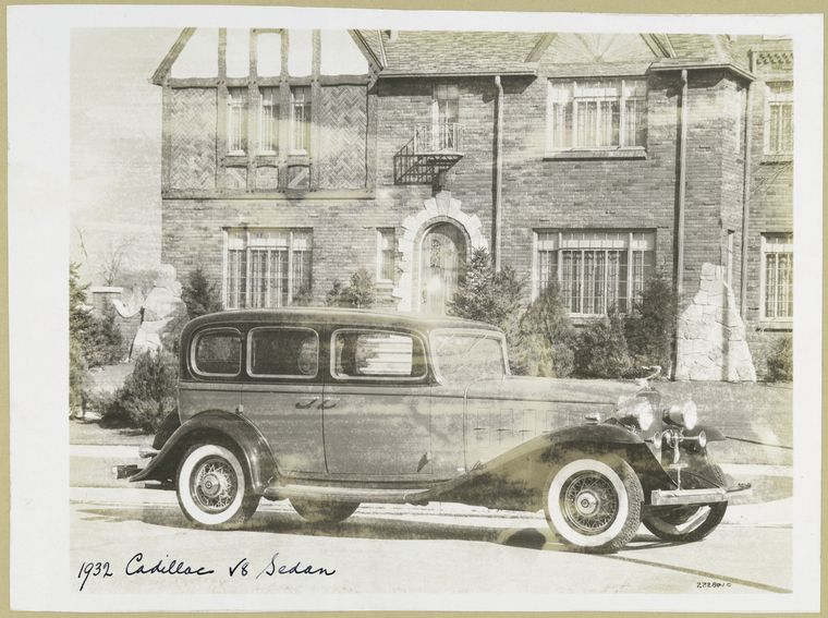 File:Cadillac 1932 Series 355-B V8 Sedan for Five Passengers.jpg