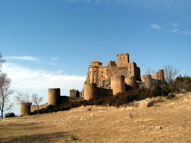 Fichier:Castillo de Loarre - Vista exterior.jpg
