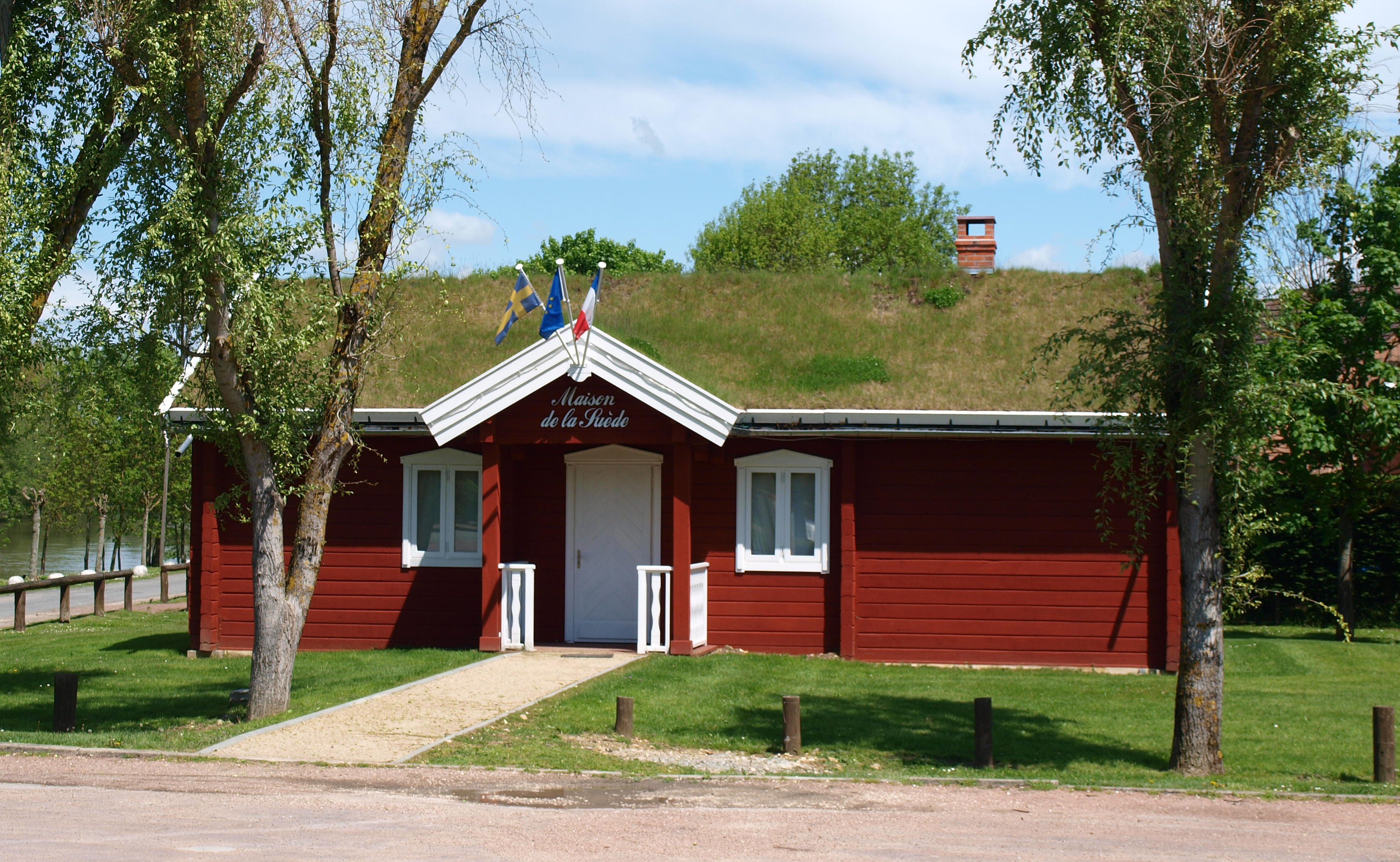 La Maison De La Suede file:cepoy-45-e04 - wikimedia commons