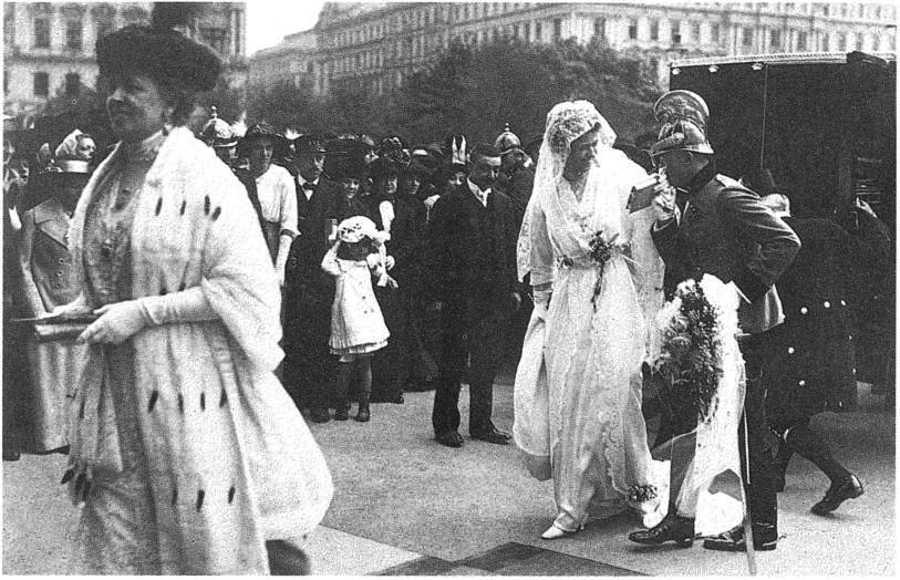 fileclamgallas wedding 1914jpg wikimedia commons