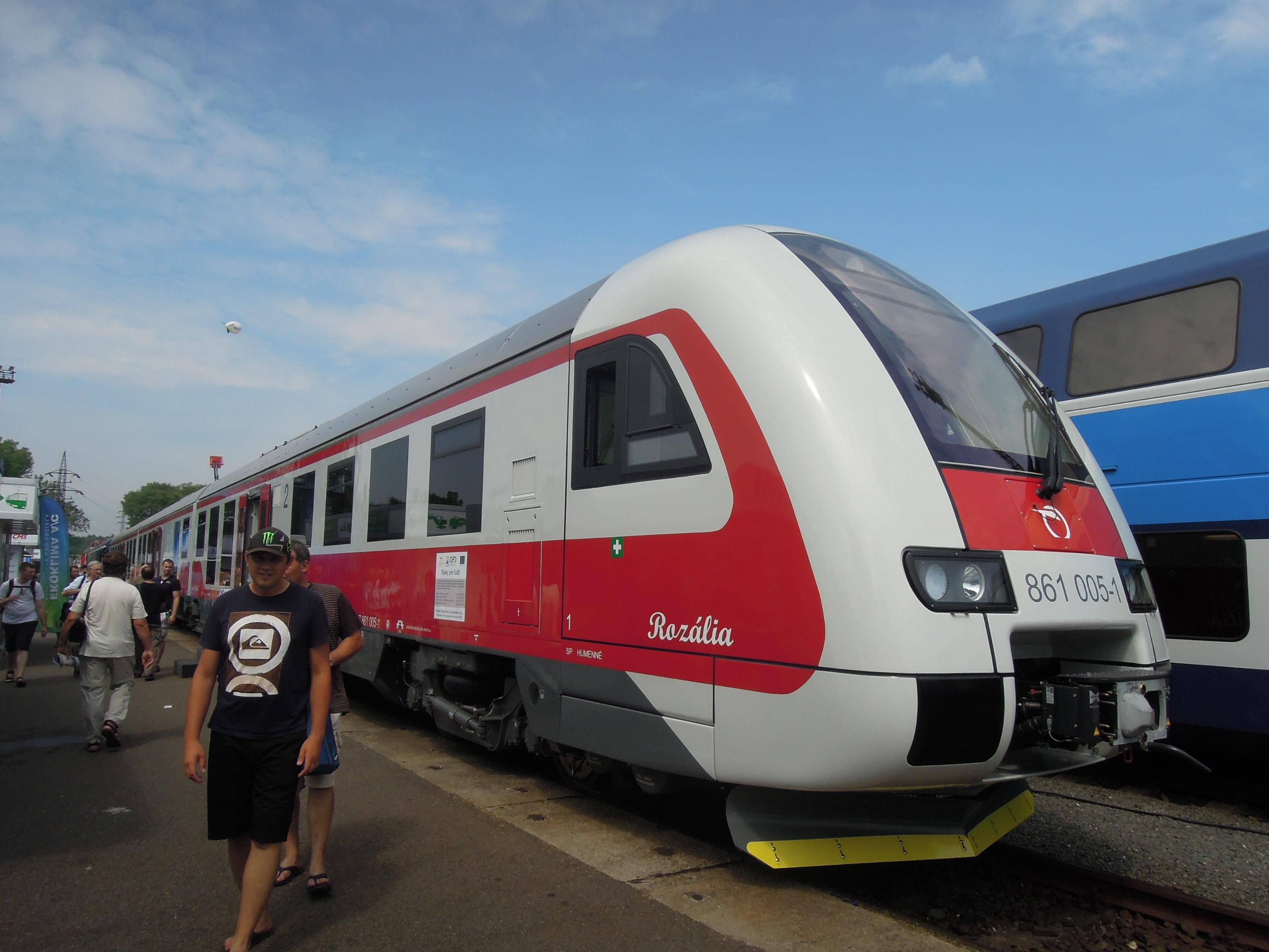 File:Czech Raildays 2012, ZSSK 861, 861 005-1 (01)