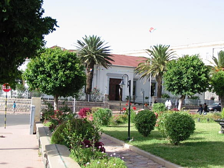 ::  اسُمًرهً عروس افريقيا  :: Downtown_Asmara.jpeg