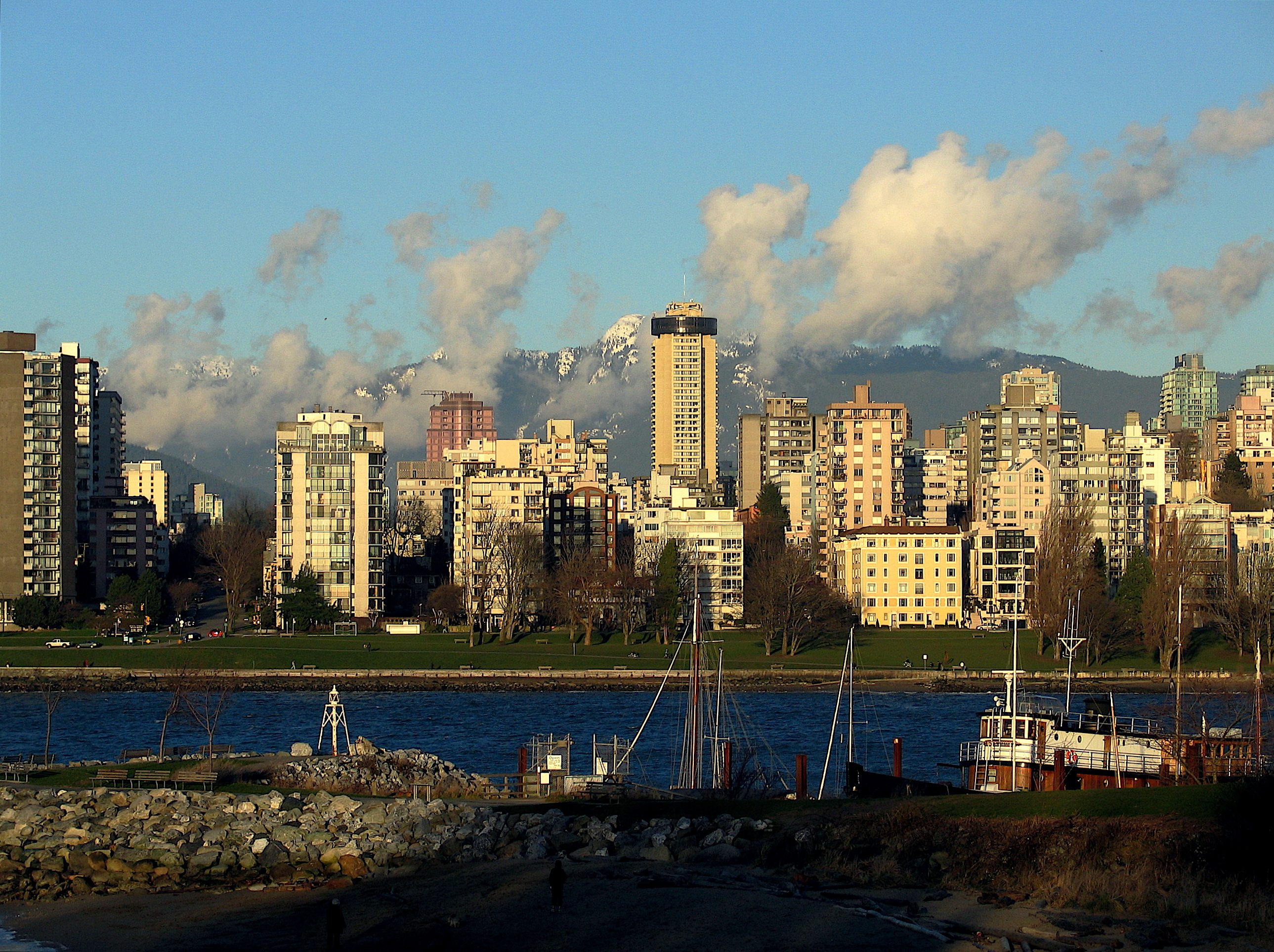 File:English Bay Vancouver.jpg - Wikimedia Commons