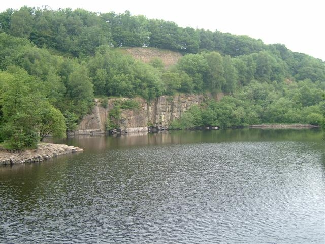 Flooded Quarry - geograph.org.uk - 482096